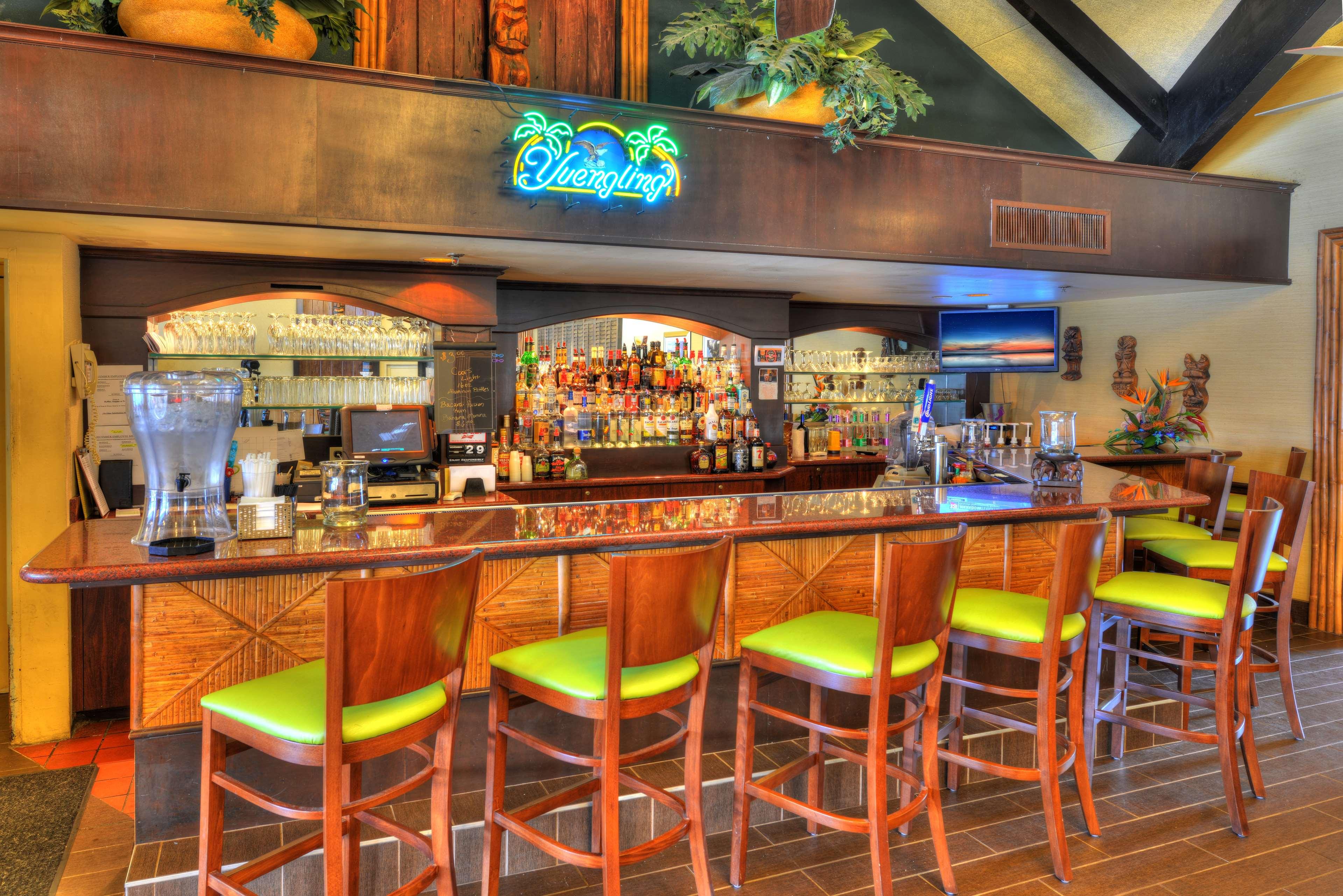 Best Western Aku Tiki Inn image 46