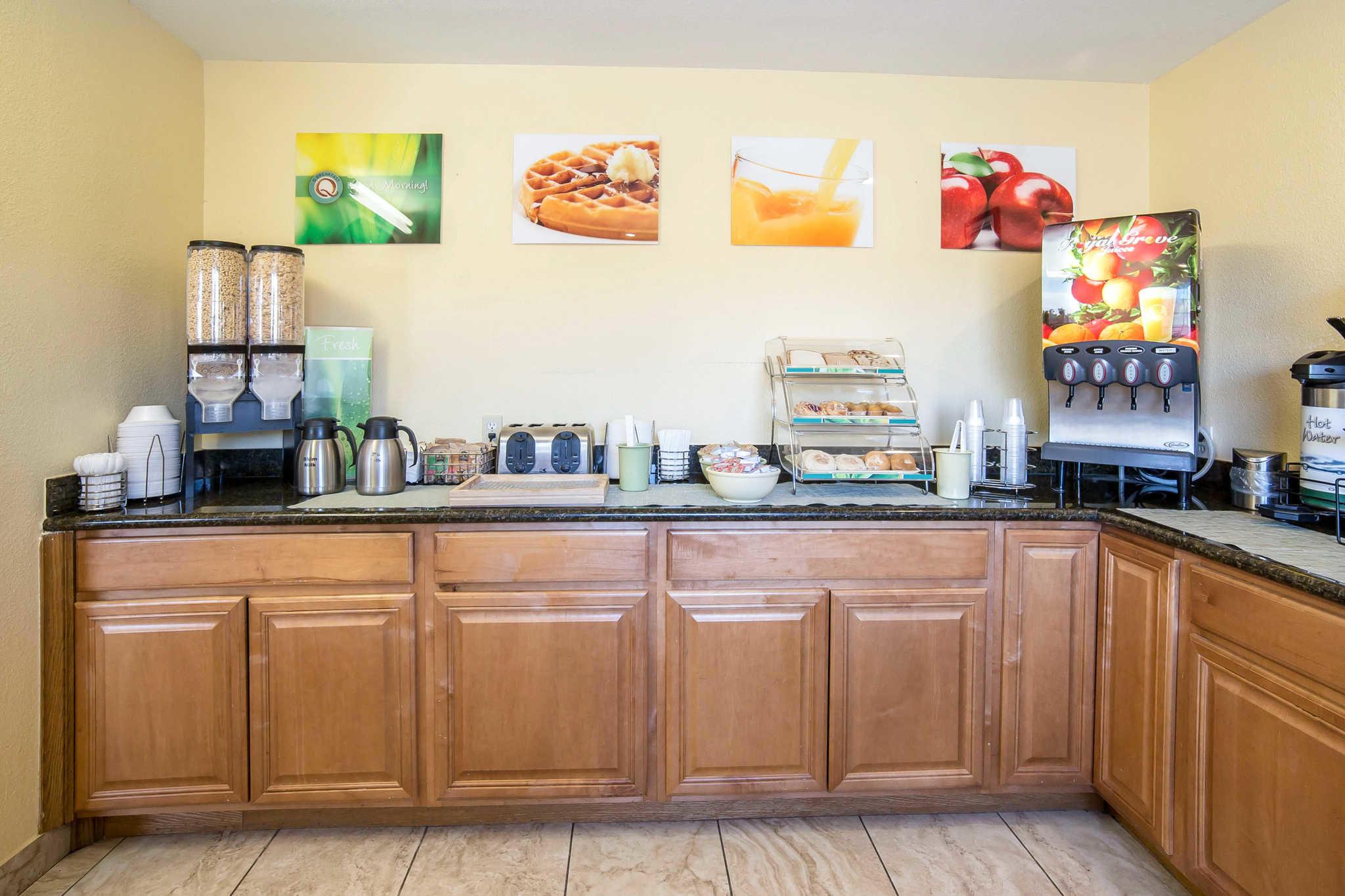 Quality Inn & Suites Elko image 26