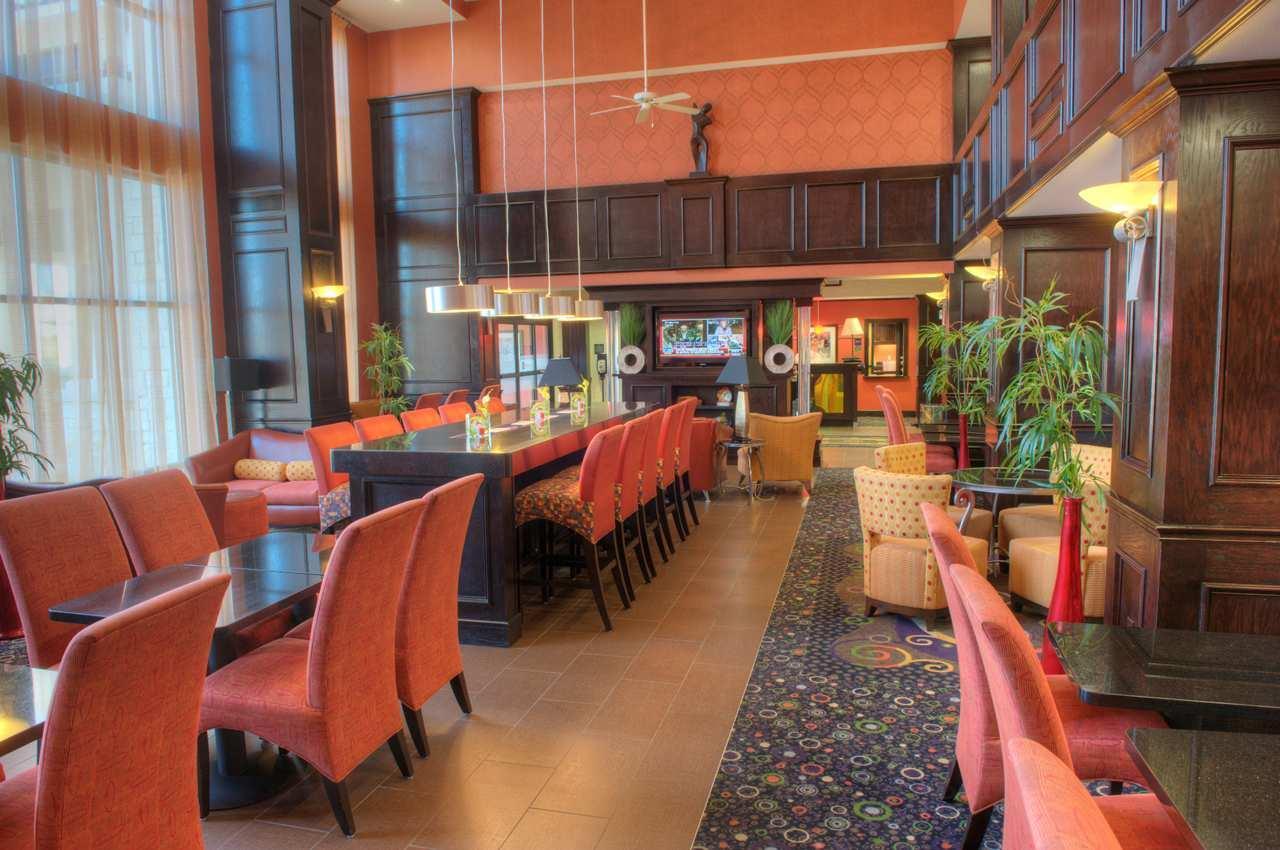 Hampton Inn & Suites Dallas/Lewisville-Vista Ridge Mall, TX image 7
