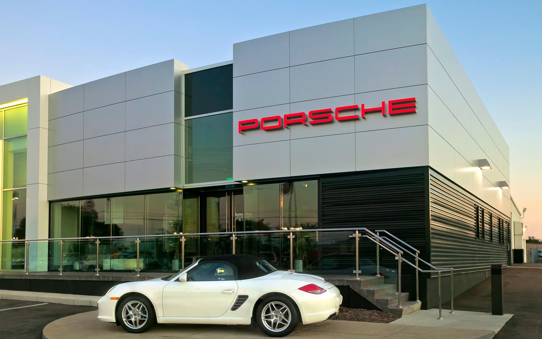 Porsche of Farmington Hills image 0