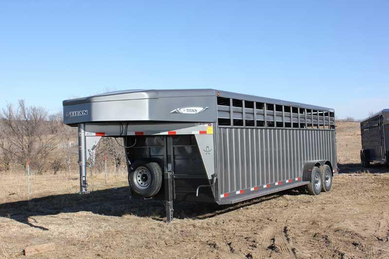 Amos Livestock Equipment image 4
