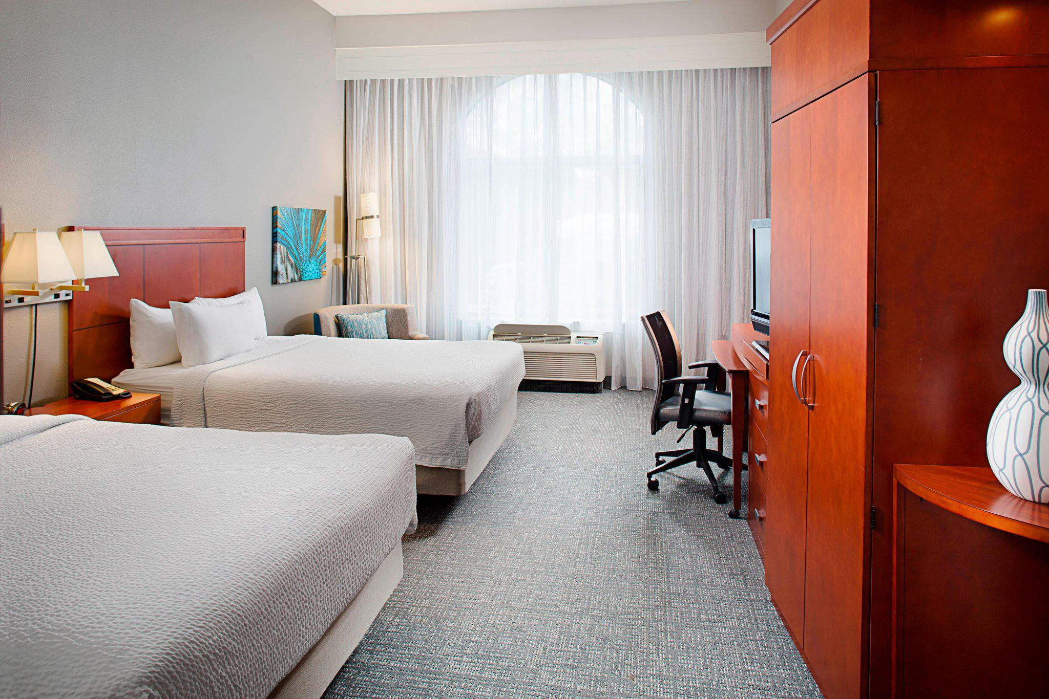 Courtyard by Marriott San Antonio SeaWorld®/Westover Hills