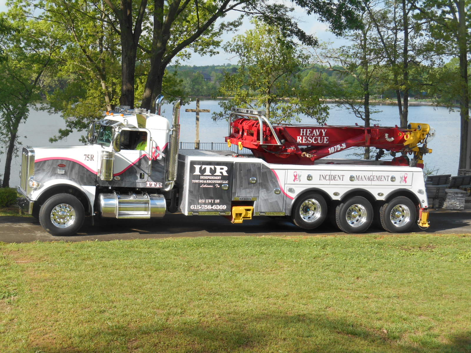 Independent Towing and Recovery LLC image 8