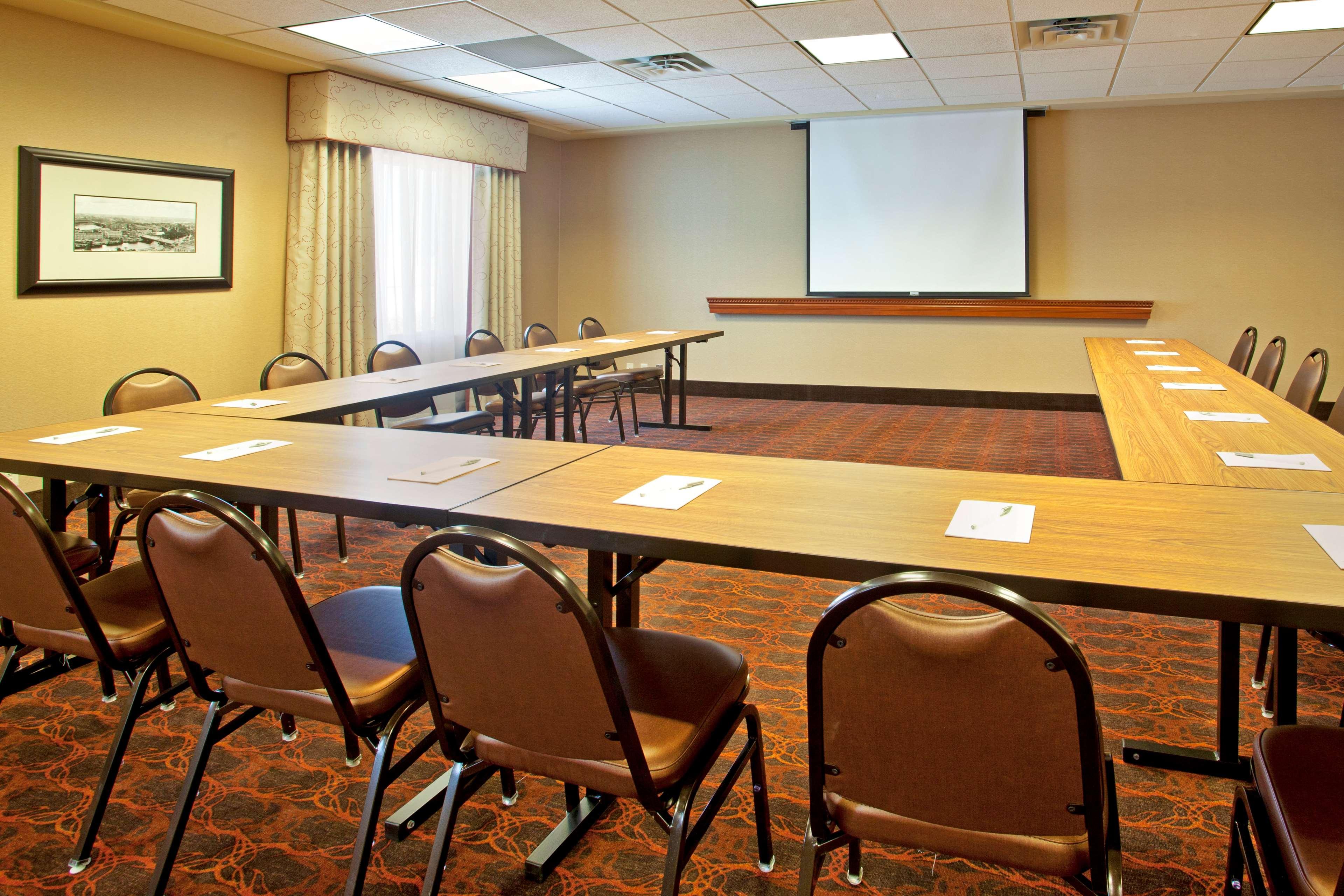 Hampton Inn Suites Minneapolis St Paul Arpt-Mall of America image 26