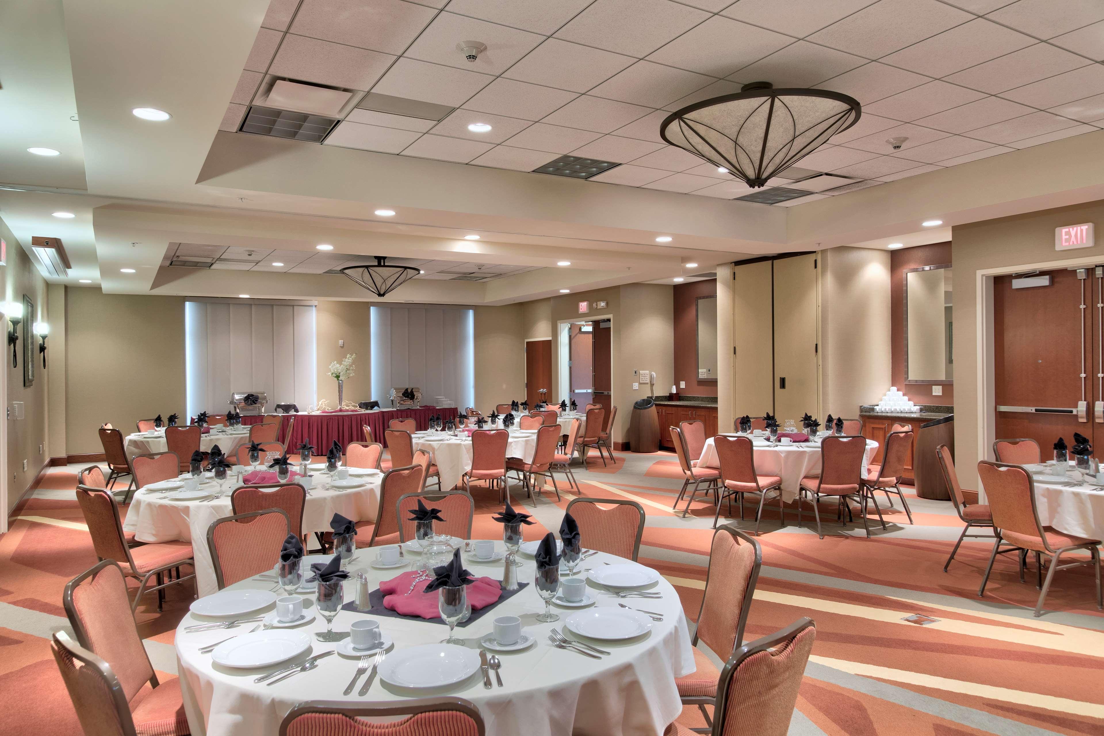 Hilton Garden Inn Laramie image 39