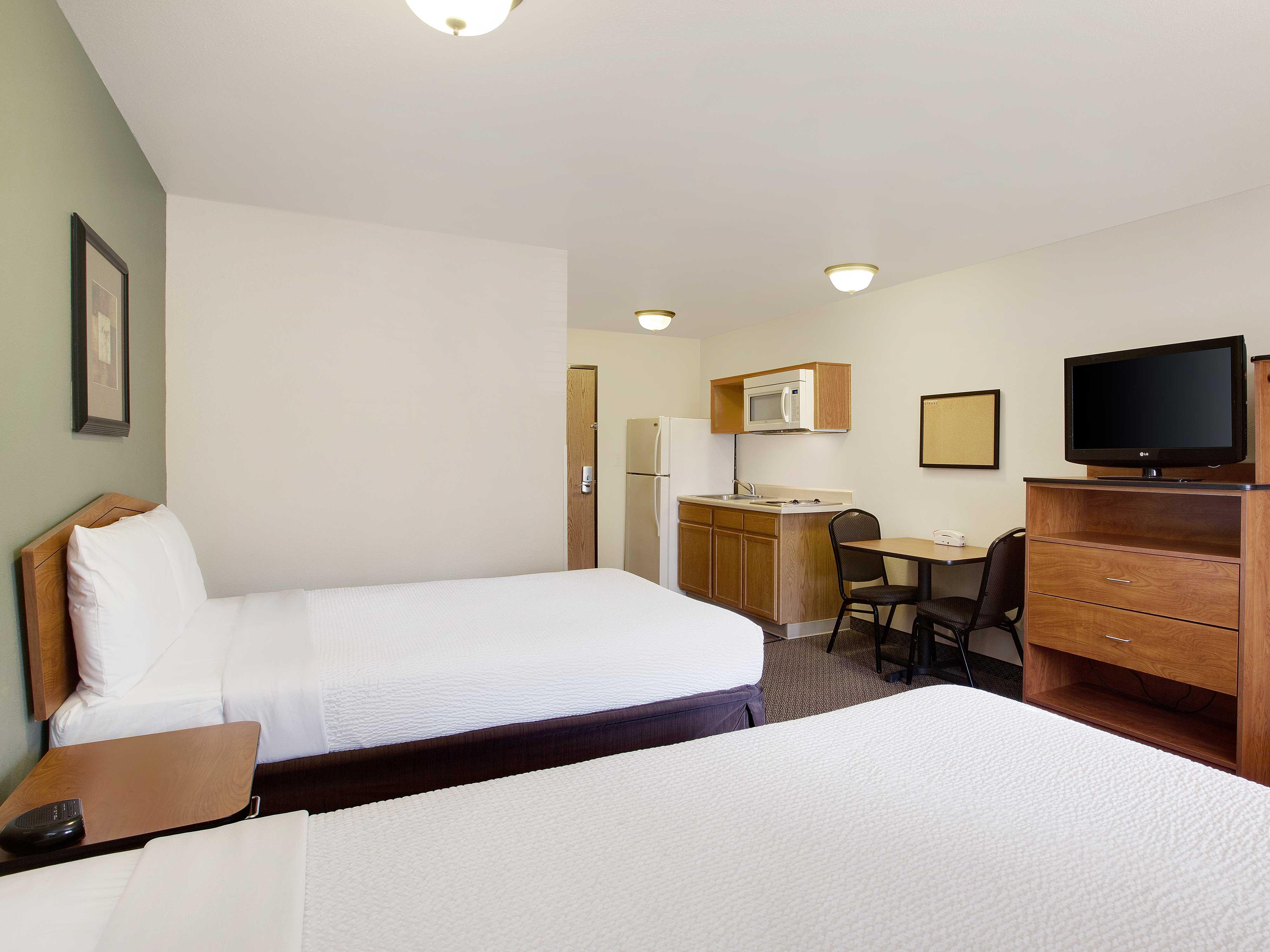 WoodSpring Suites Richmond West image 2
