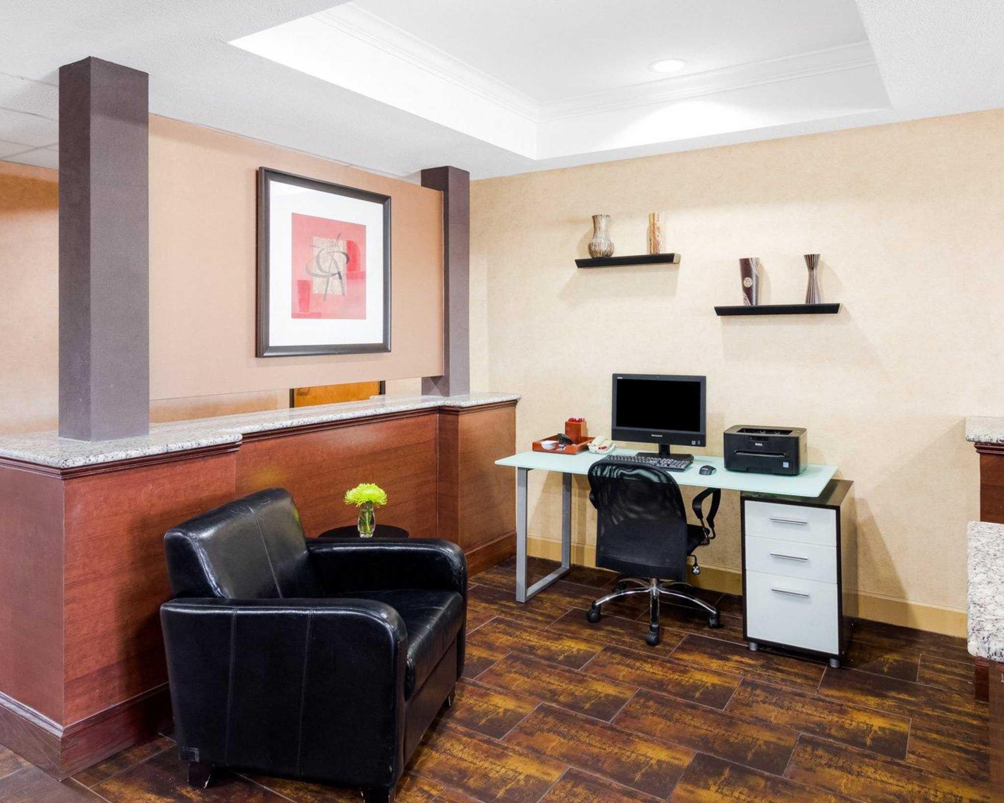 Comfort Suites Las Colinas Center image 33