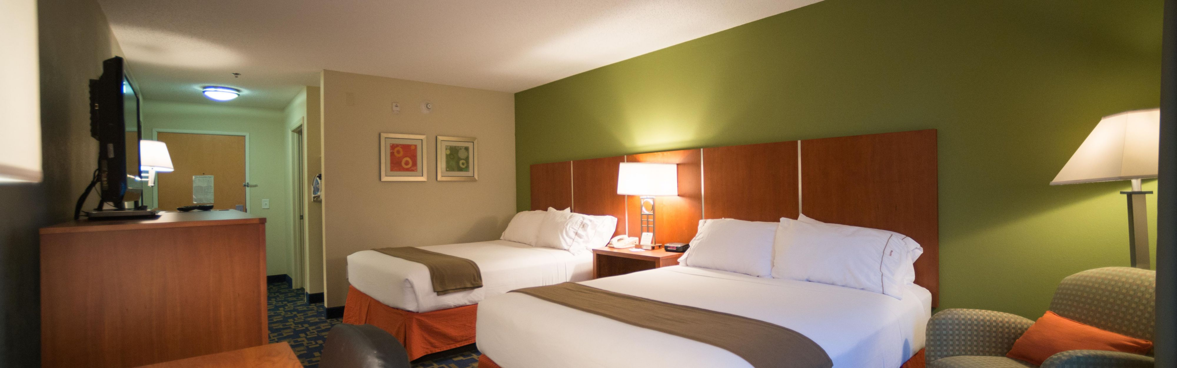 Holiday Inn Express & Suites Raleigh North - Wake Forest image 1