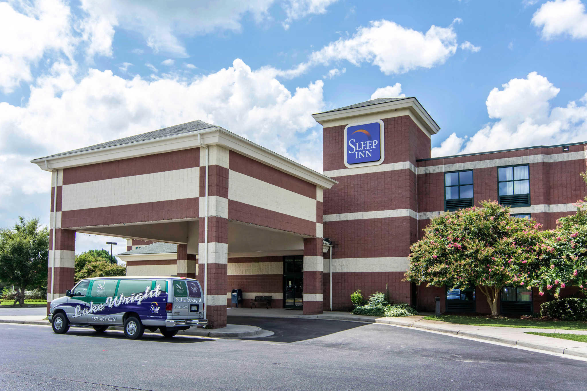 Sleep Inn Lake Wright - Norfolk Airport image 1