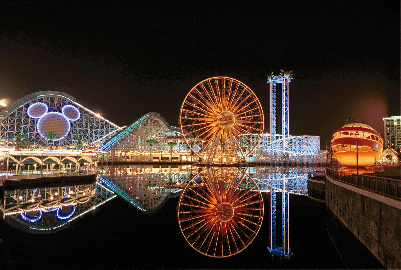 DoubleTree by Hilton Hotel Anaheim - Orange County image 2