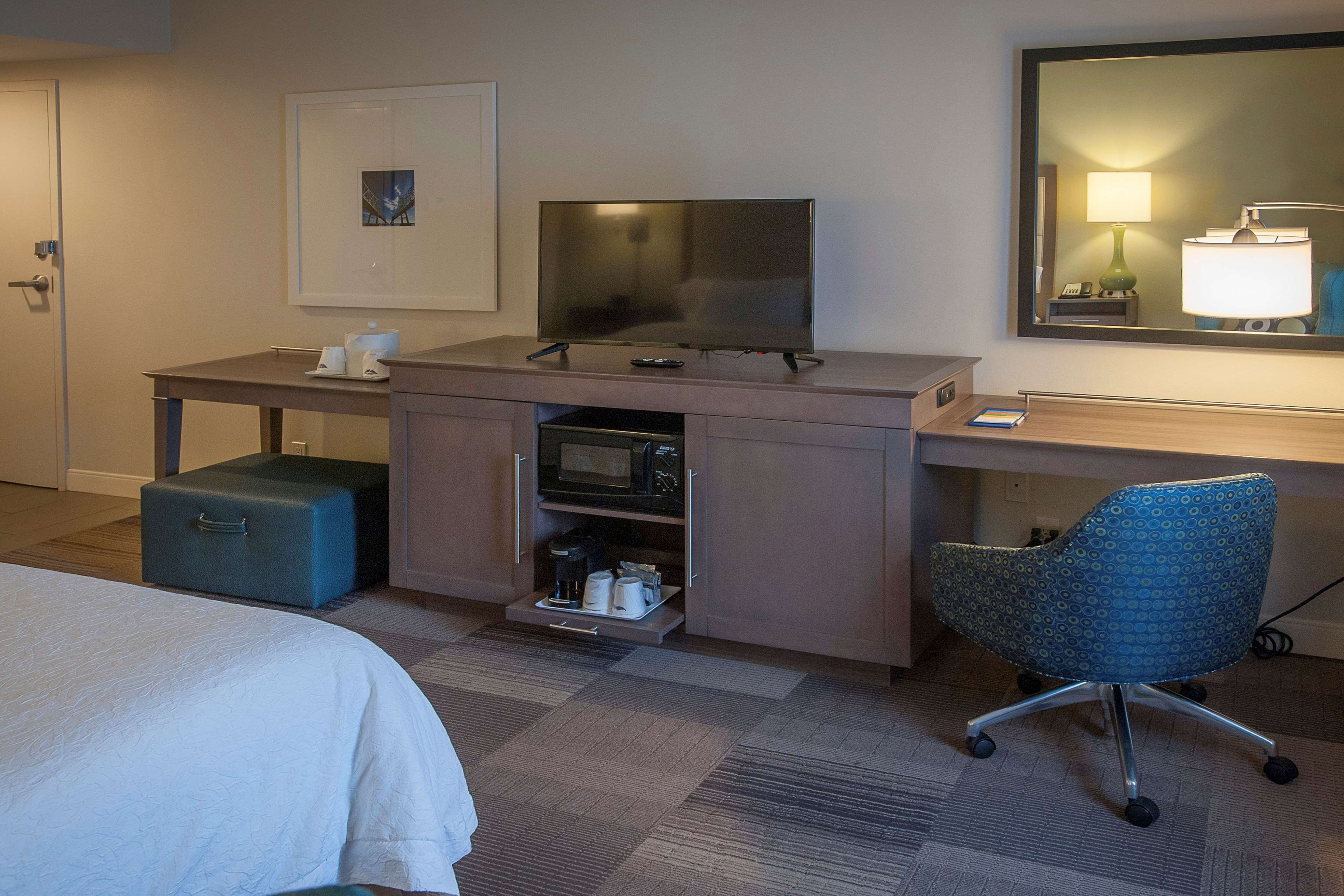 Hampton Inn & Suites New Orleans-Elmwood/Clearview Parkway Area image 30