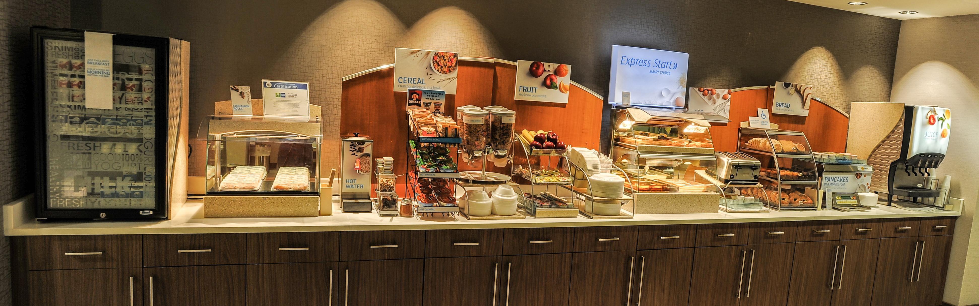 Holiday Inn Express Pell City image 3