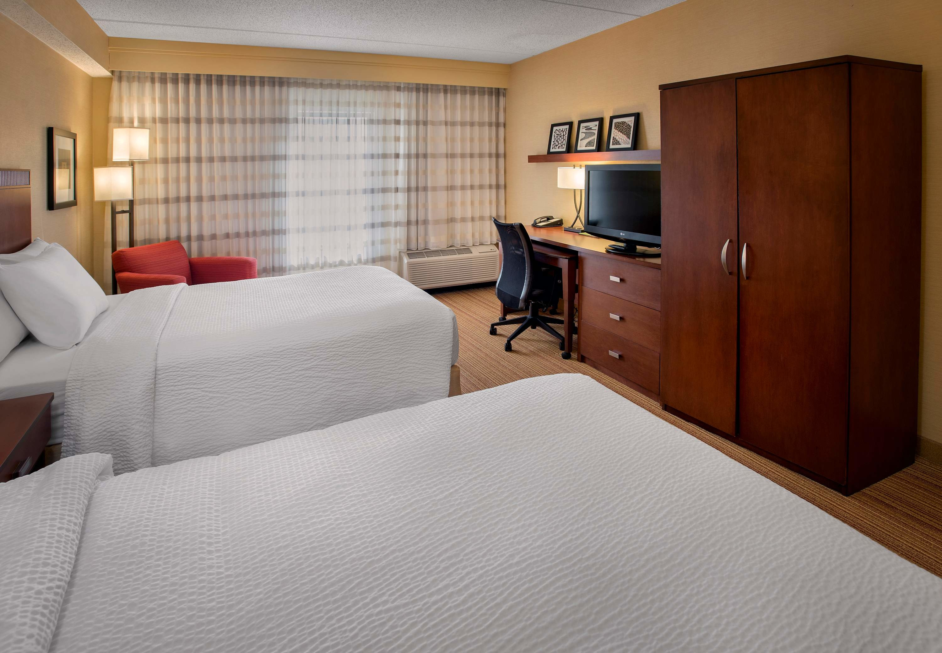 Courtyard by Marriott Boston Milford image 28