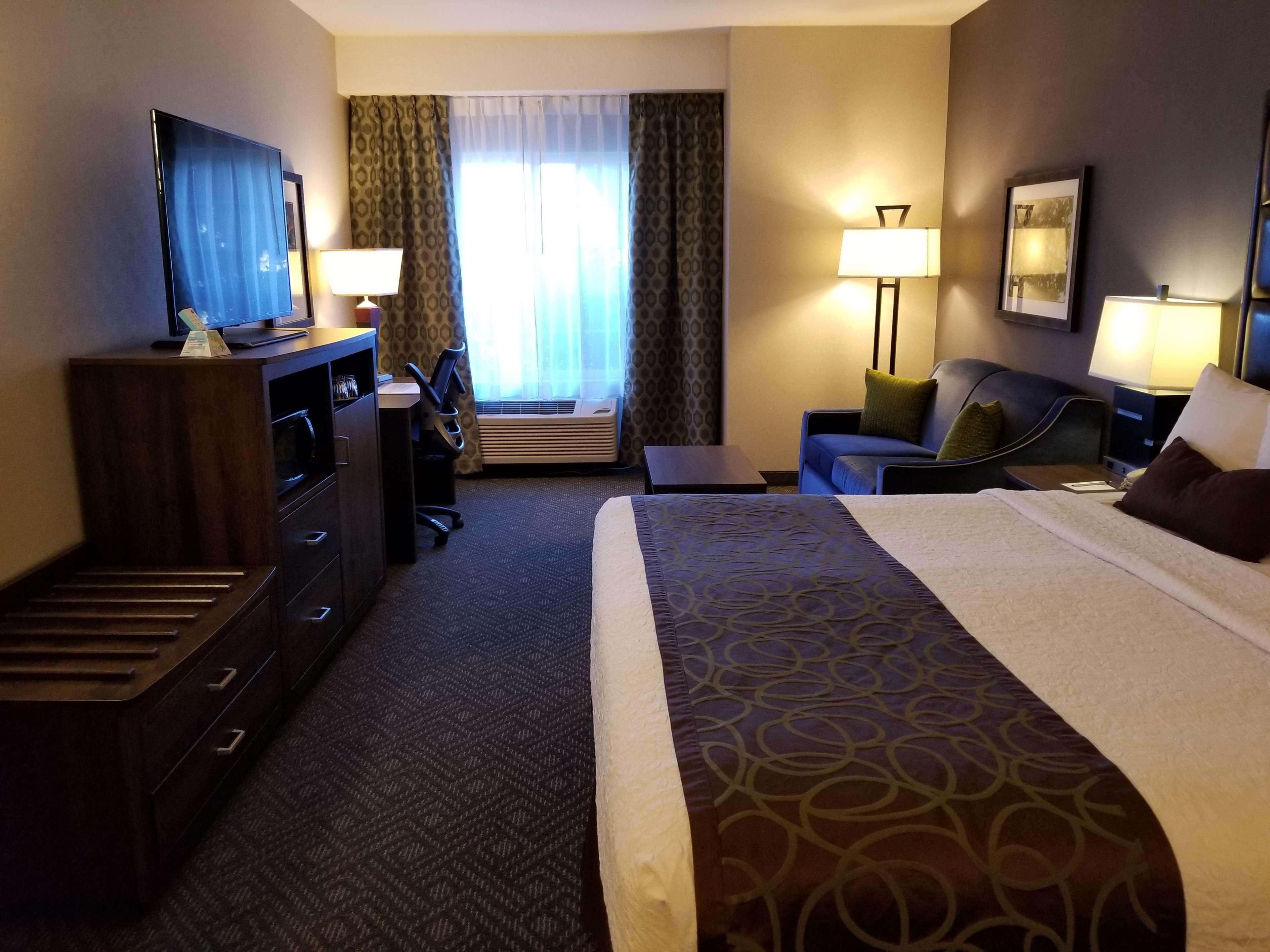 Best Western Plus Northwind Inn & Suites image 5