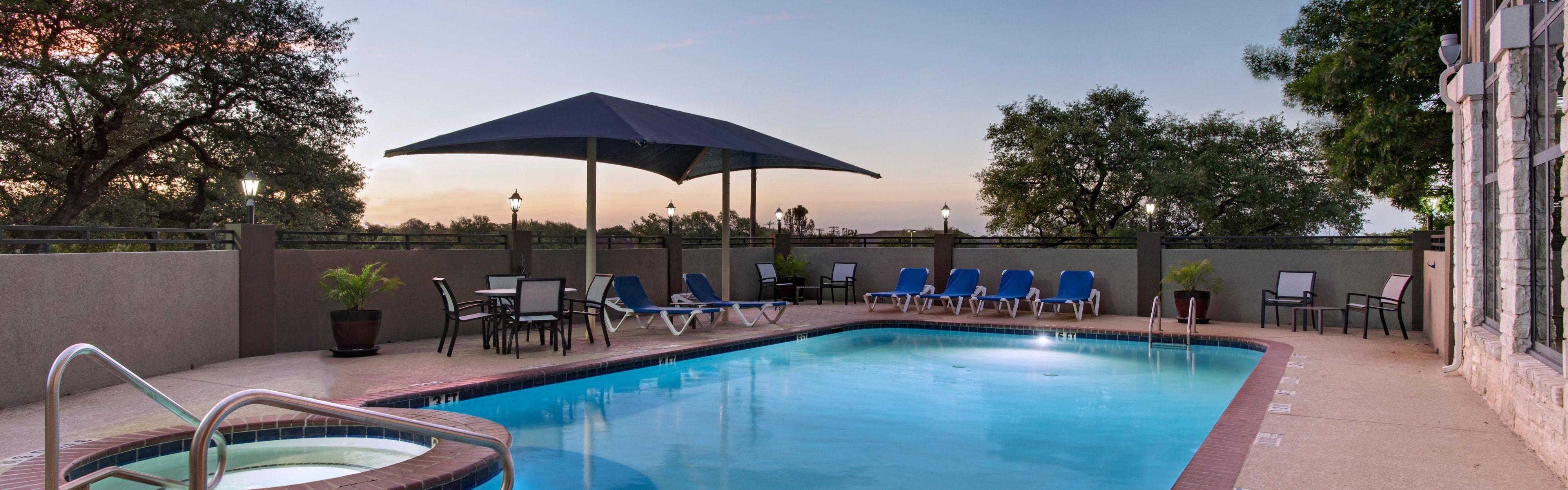 Holiday Inn Express & Suites Cedar Park (Nw Austin) image 2