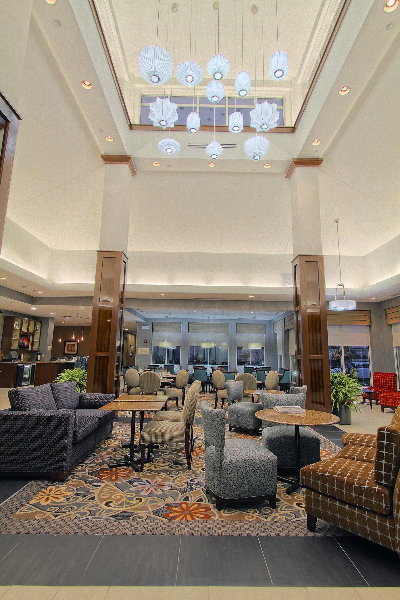 Hilton Garden Inn Tulsa Midtown image 1