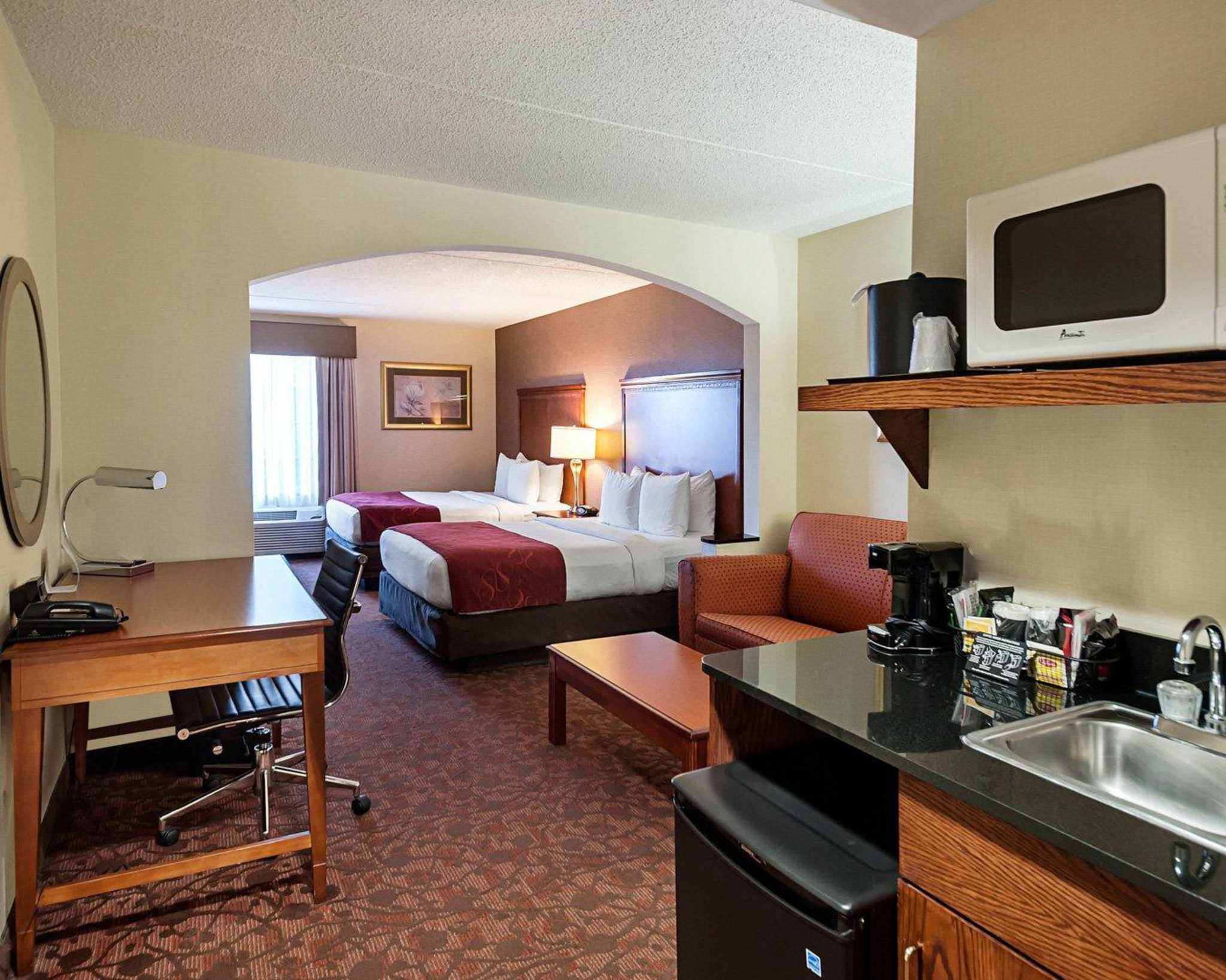 Comfort Suites Dulles Airport image 5