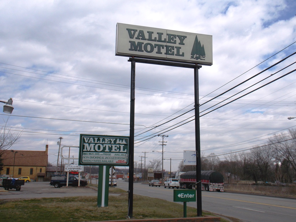 Valley Motel image 0