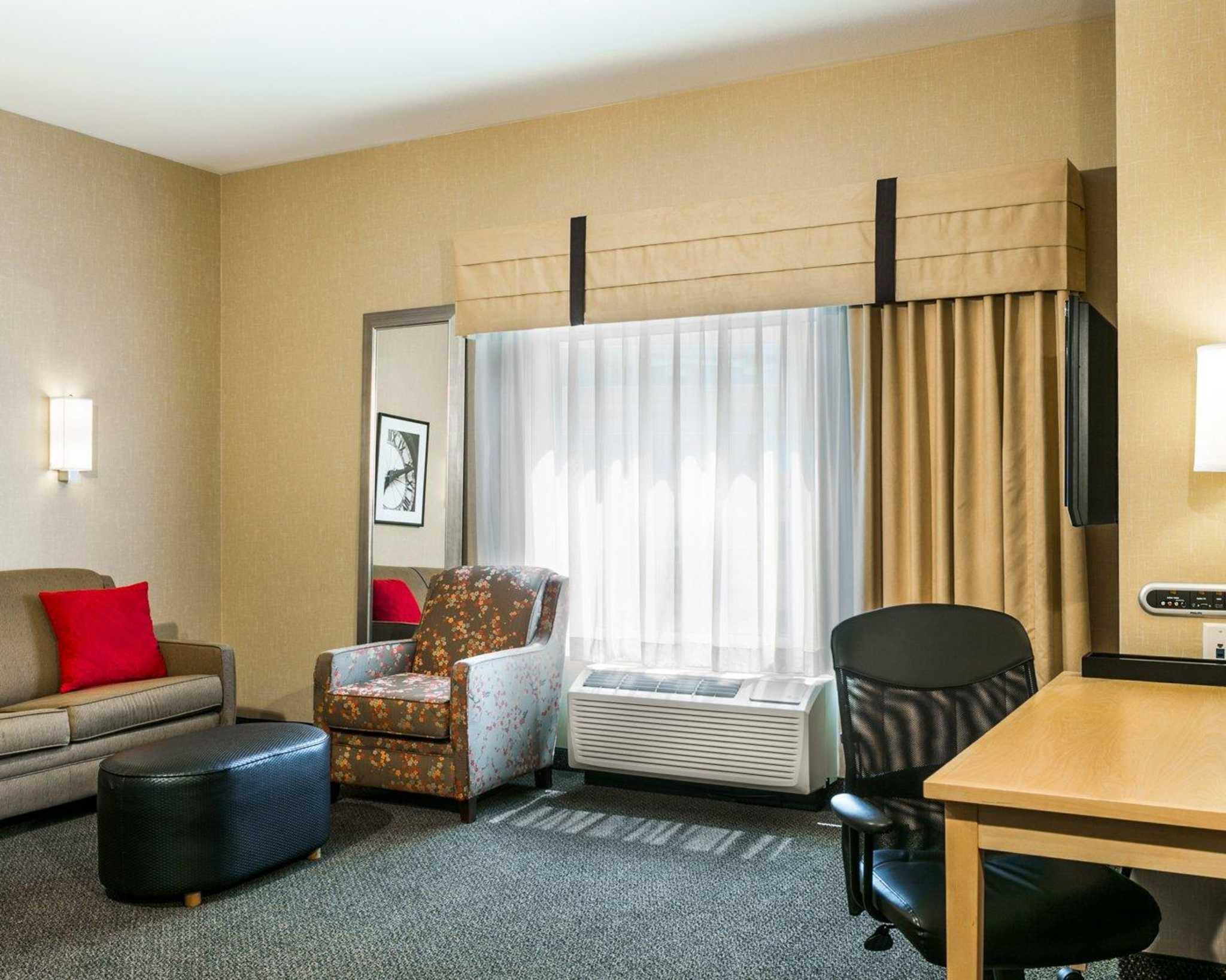 Cambria Hotel Denver International Airport image 22