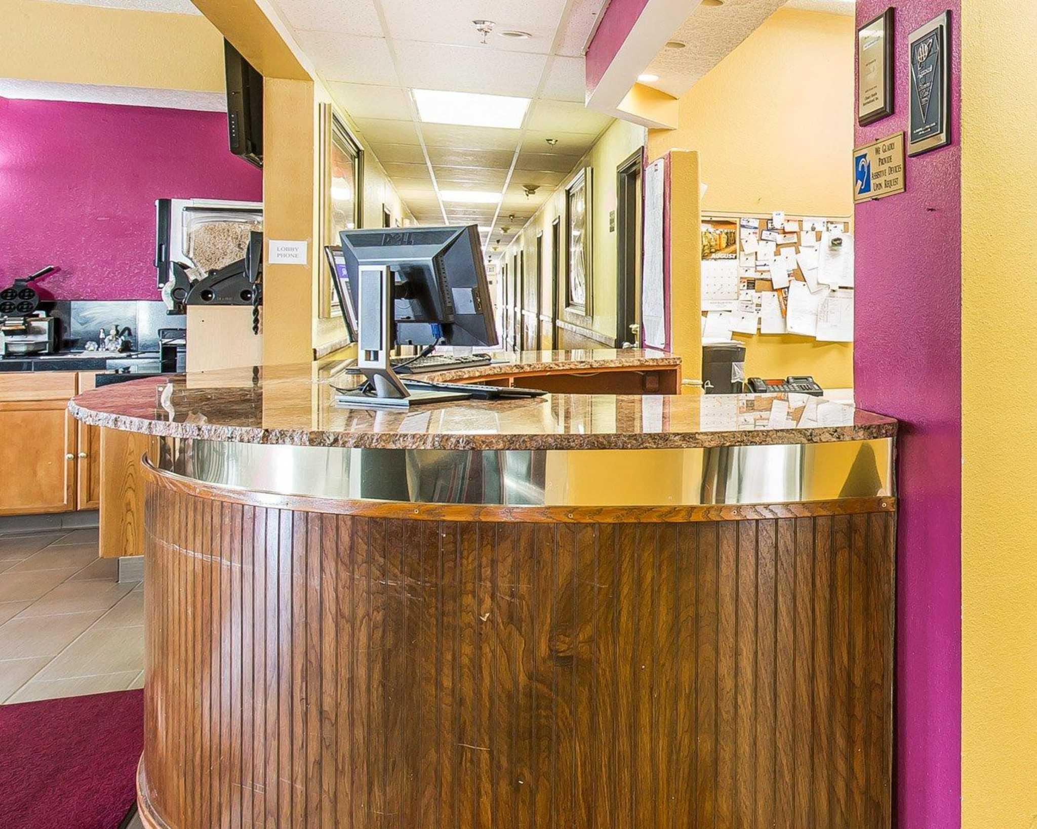 Rodeway Inn & Suites image 23