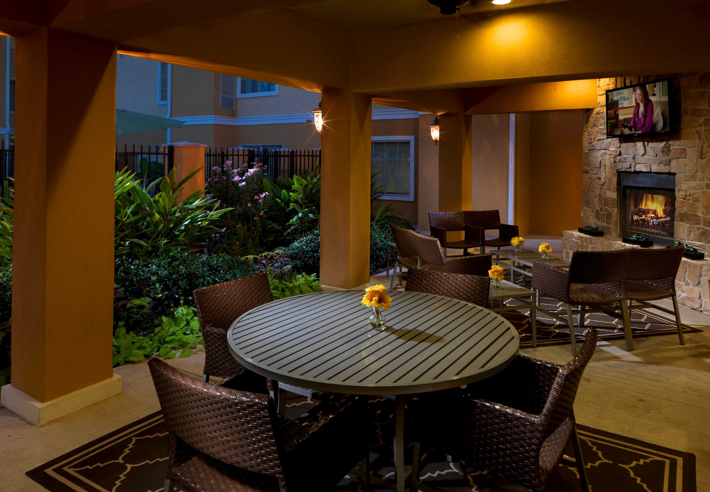 TownePlace Suites by Marriott Houston North/Shenandoah image 1