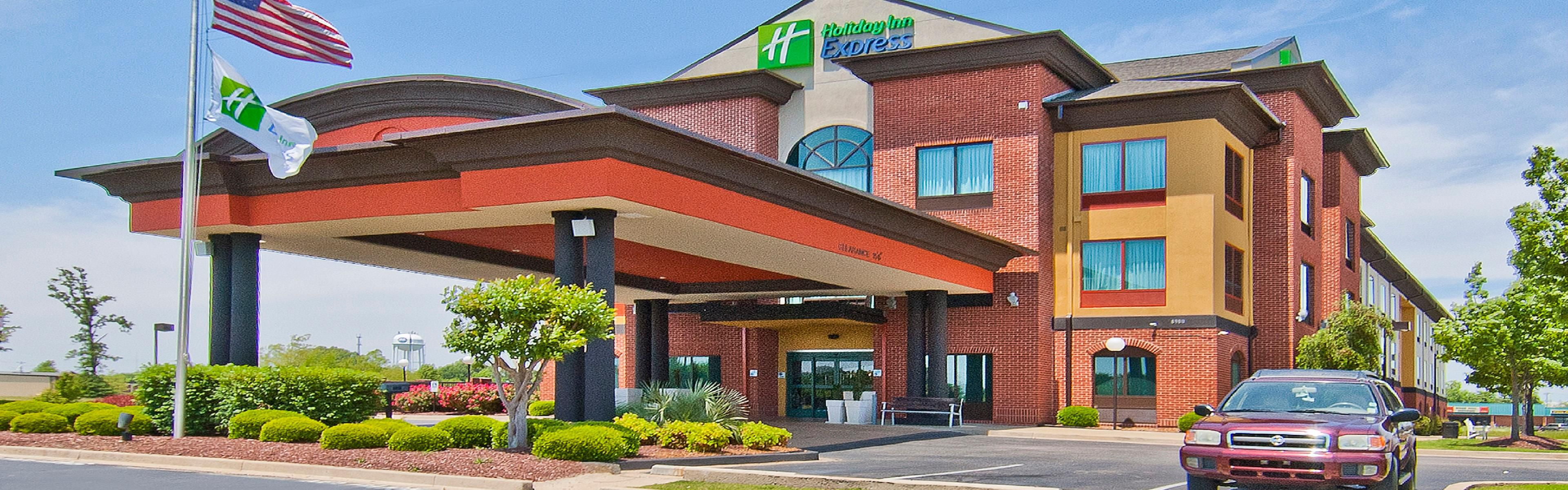 Holiday Inn Express Olive Branch image 0