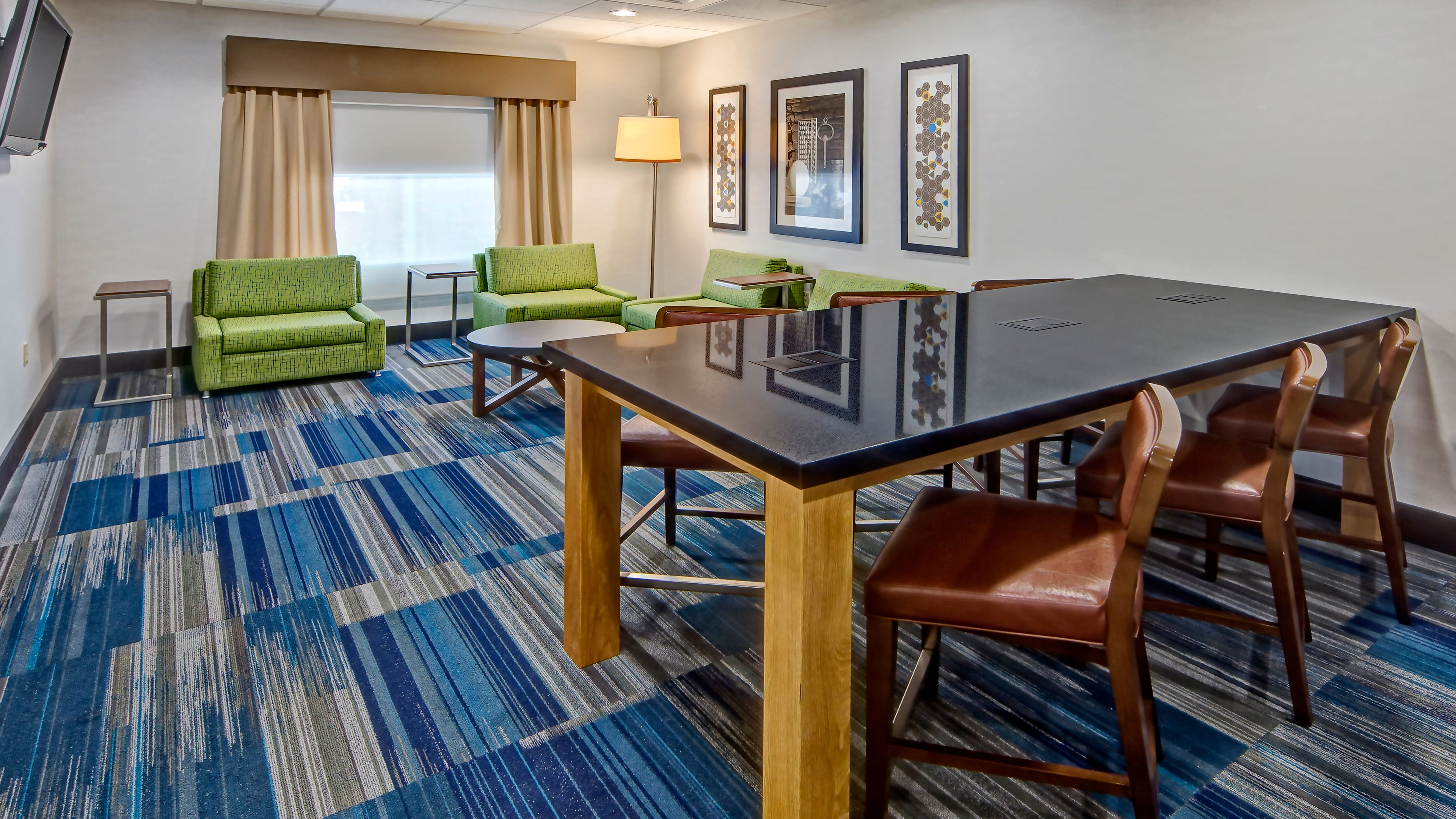 Holiday Inn Express & Suites Cookeville image 4