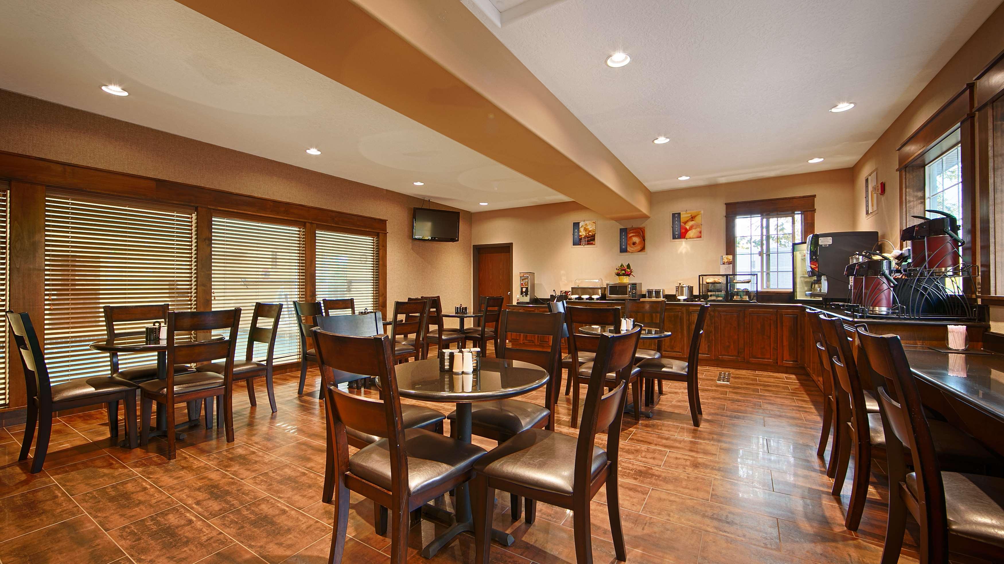 Best Western Plus Prairie Inn image 46