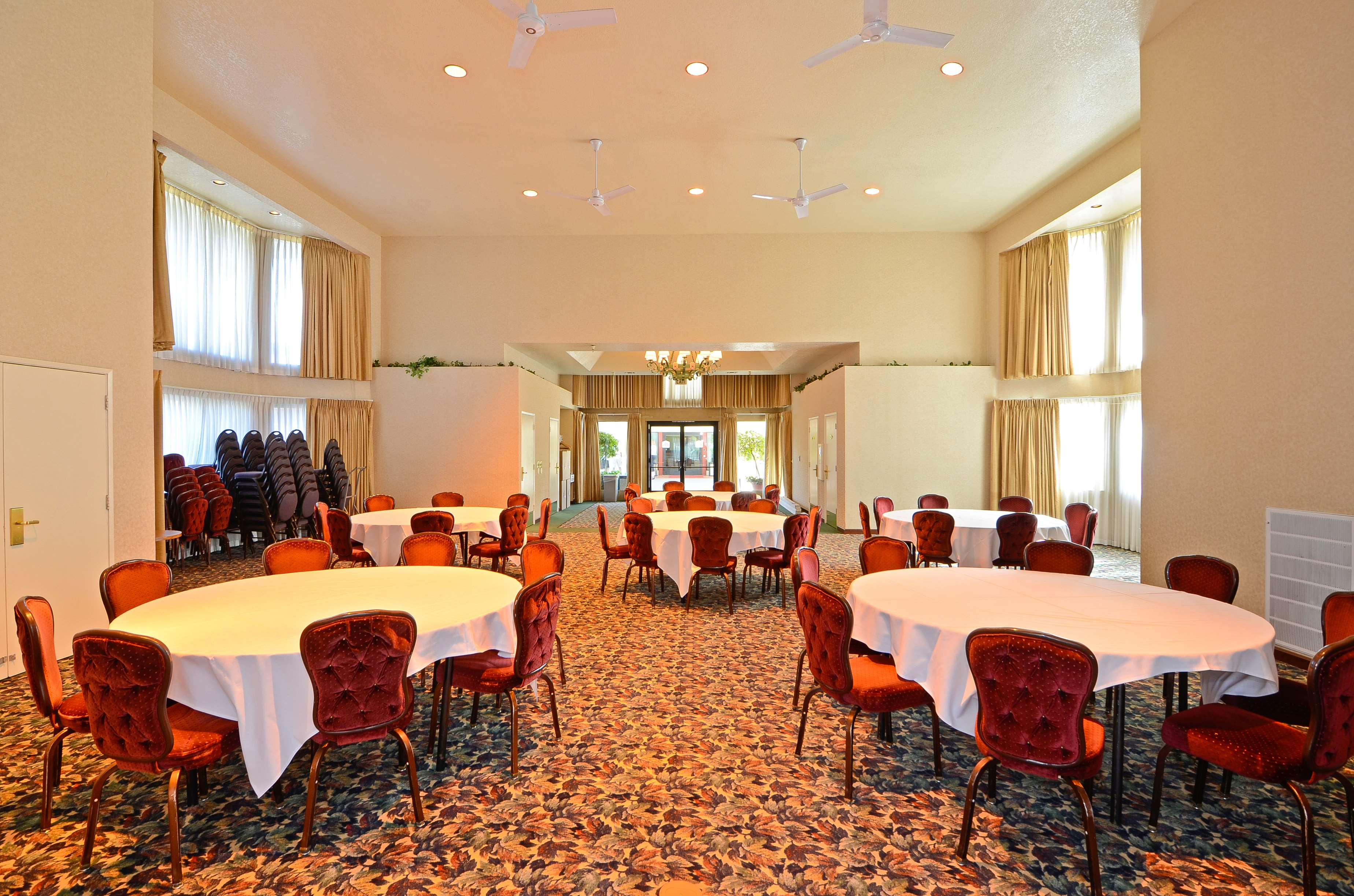 Best Western Plus Placerville Inn image 16