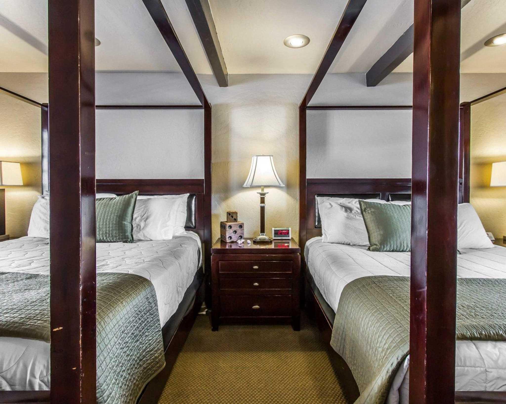Rodeway Inn & Suites Downtowner-Rte 66 image 23