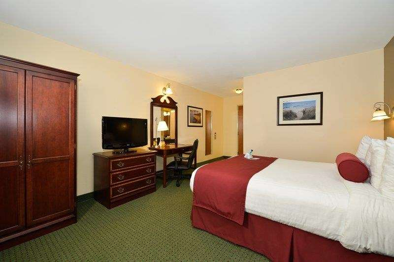 Best Western The Hotel Chequamegon image 22