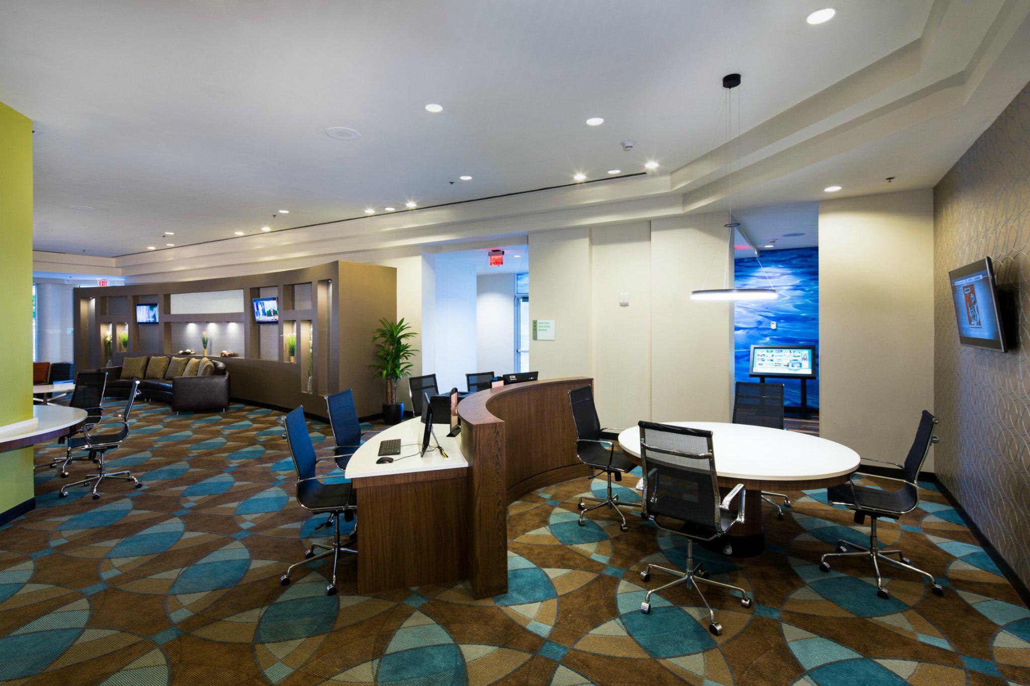 Holiday Inn Palm Beach-Airport Conf Ctr, an IHG Hotel