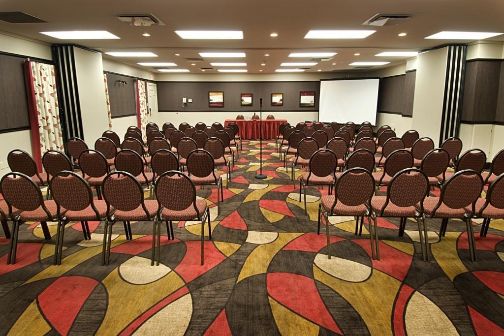 Best Western Plus Hotel Universel Drummondville à Drummondville: Meeting Room Da Vinci Monet
