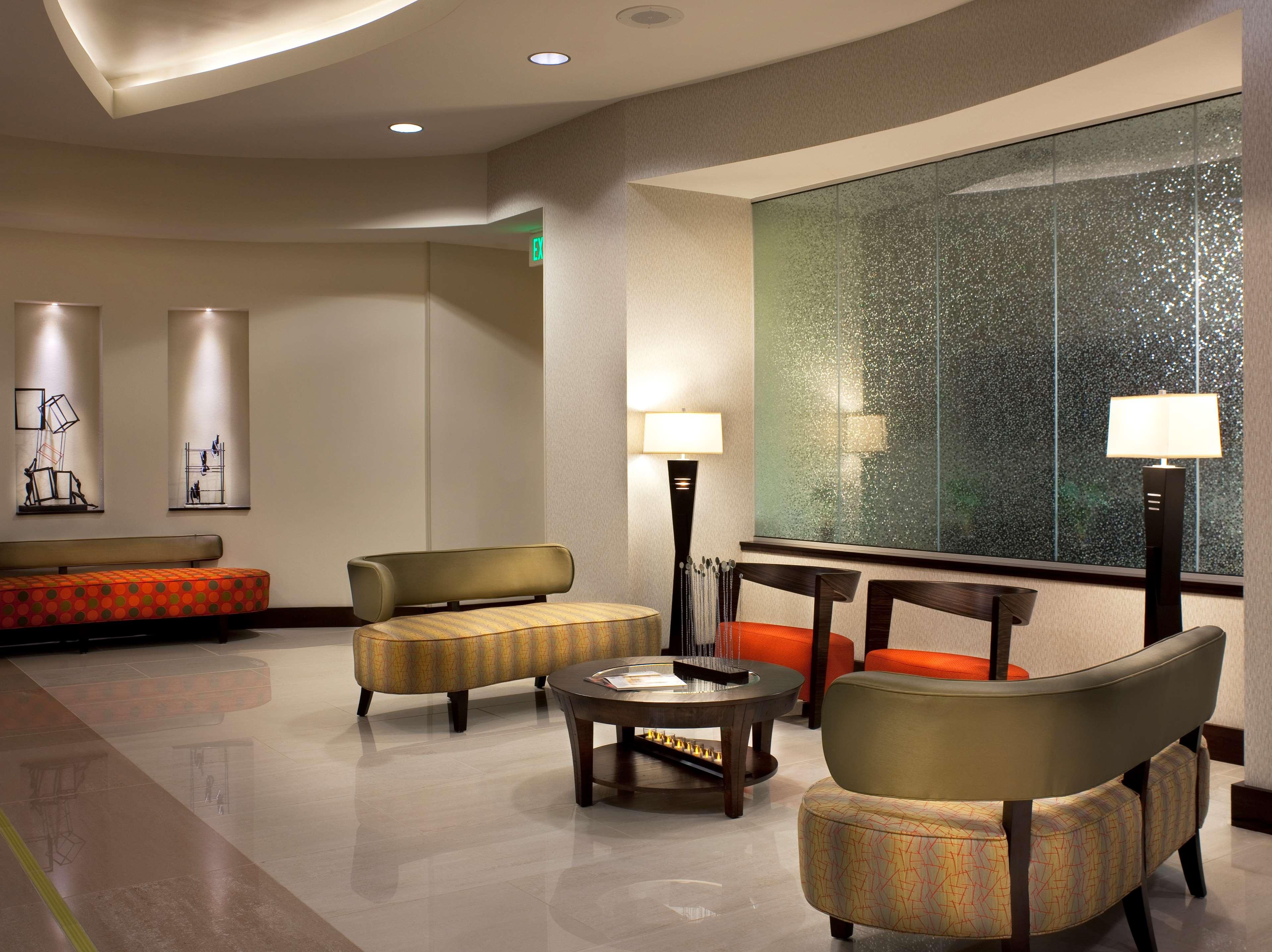 Hilton Garden Inn Denver/Cherry Creek image 2