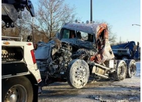 J & M Towing & Recovery image 3