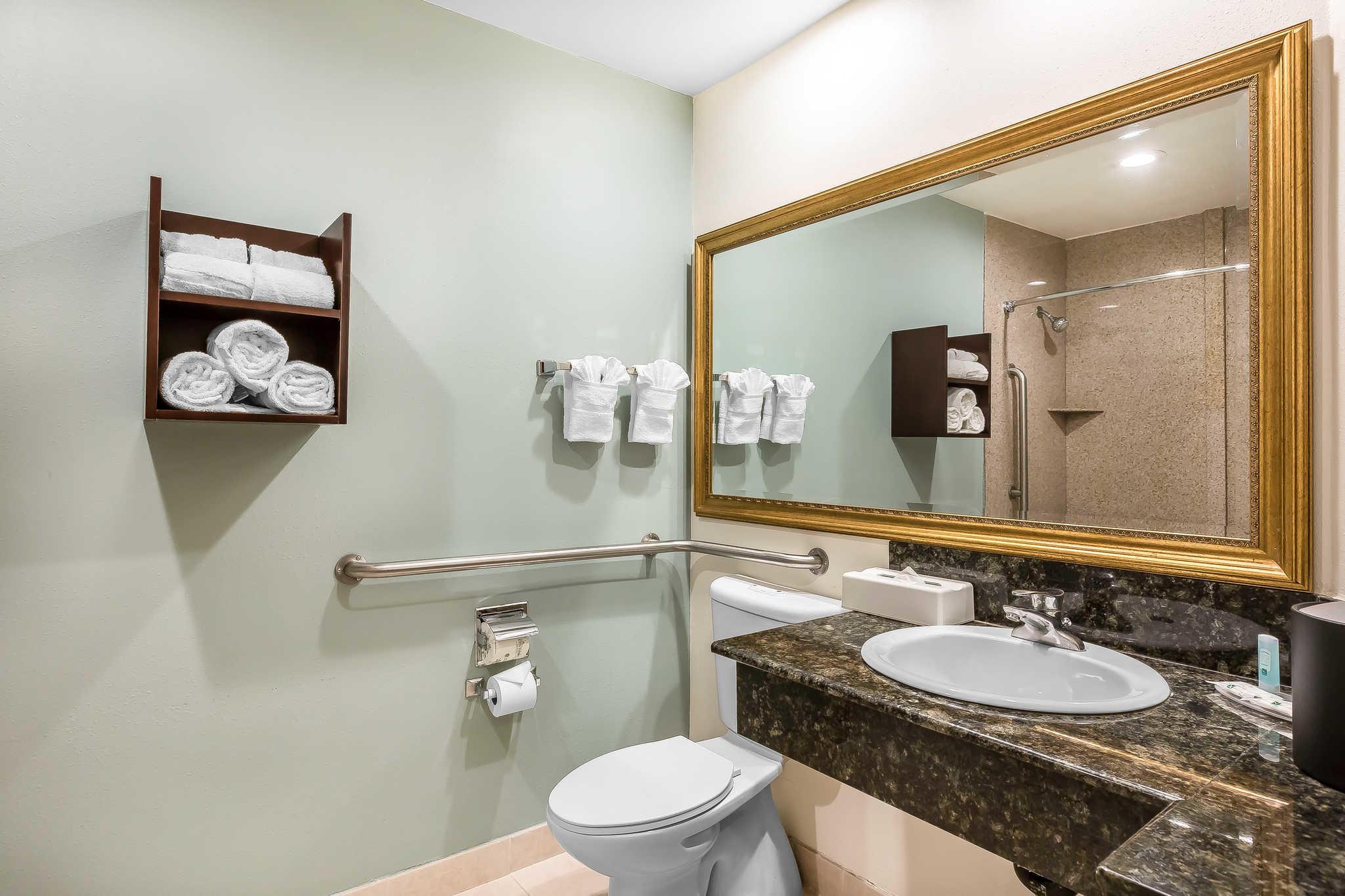 Quality Inn & Suites Irvine Spectrum image 25