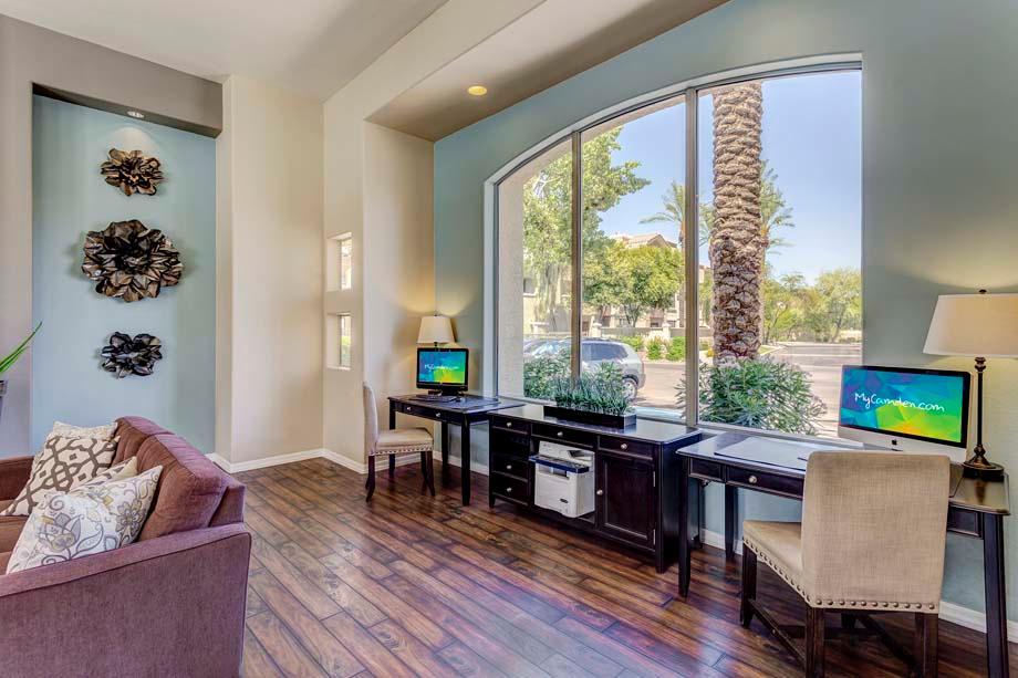 Camden Montierra Apartments image 25