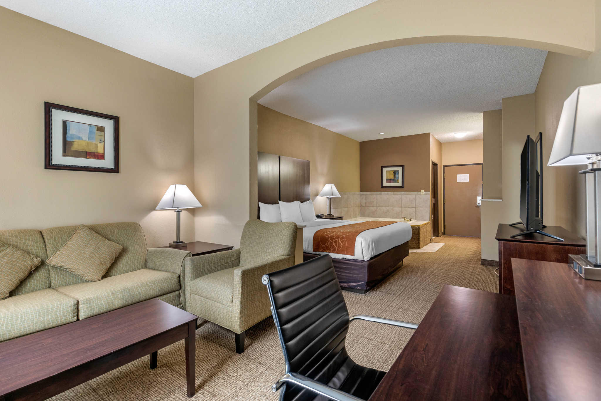 Comfort Suites The Colony - Plano West image 8