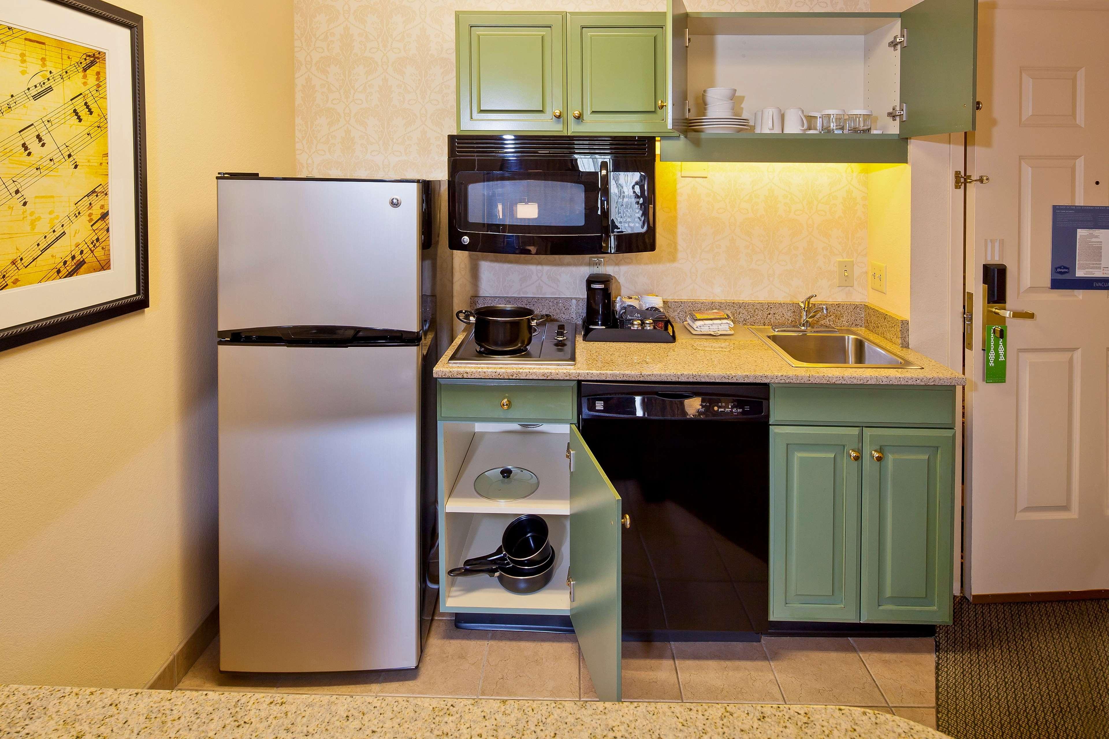 Hampton Inn & Suites Nashville-Green Hills image 30