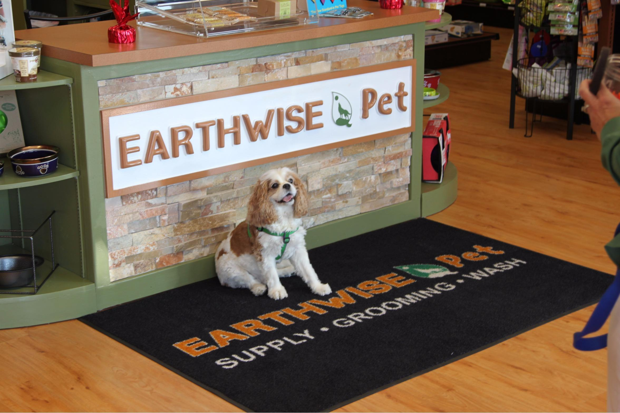 EarthWise Pet/ Turnersville image 3