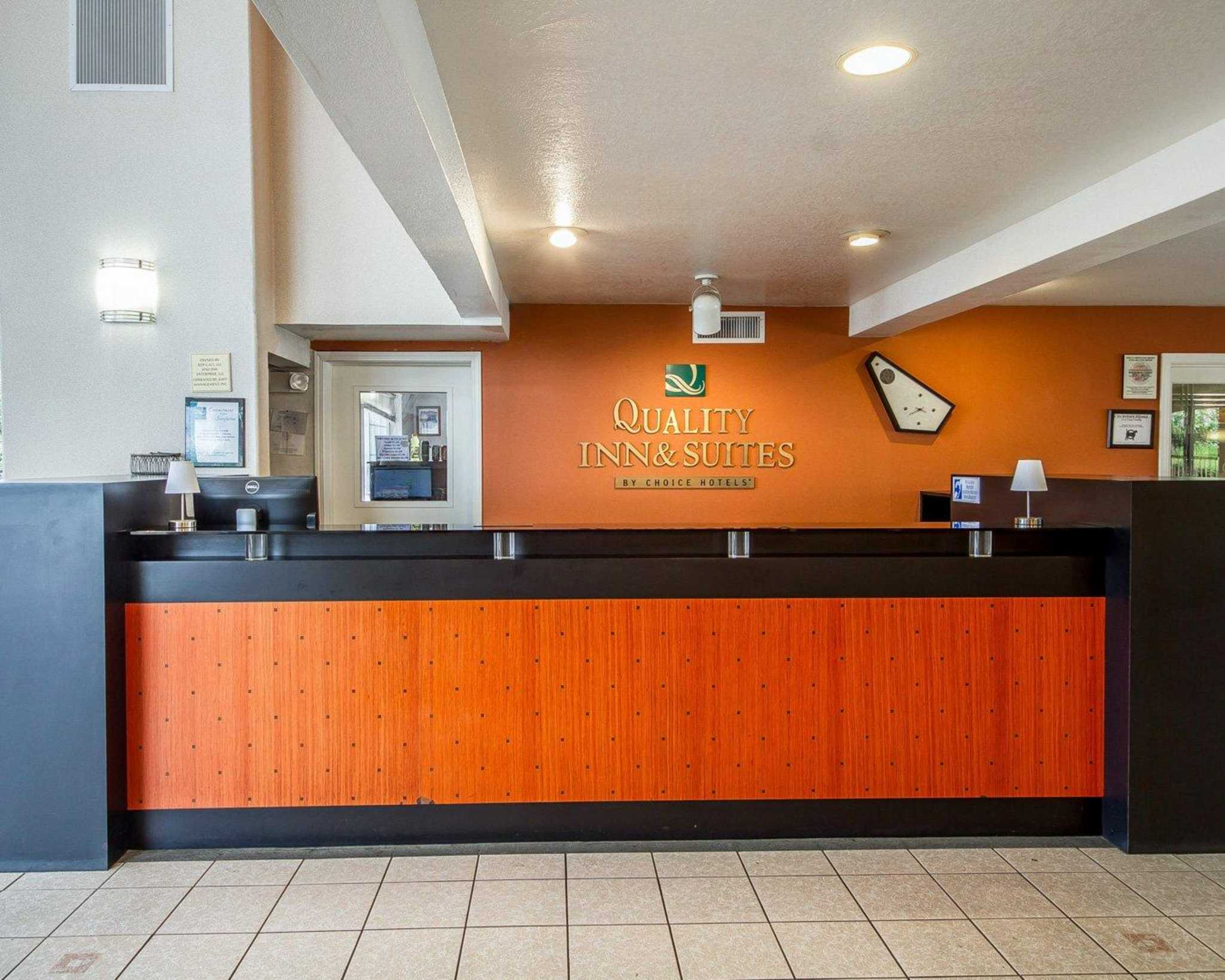 Quality Inn & Suites Lathrop image 15