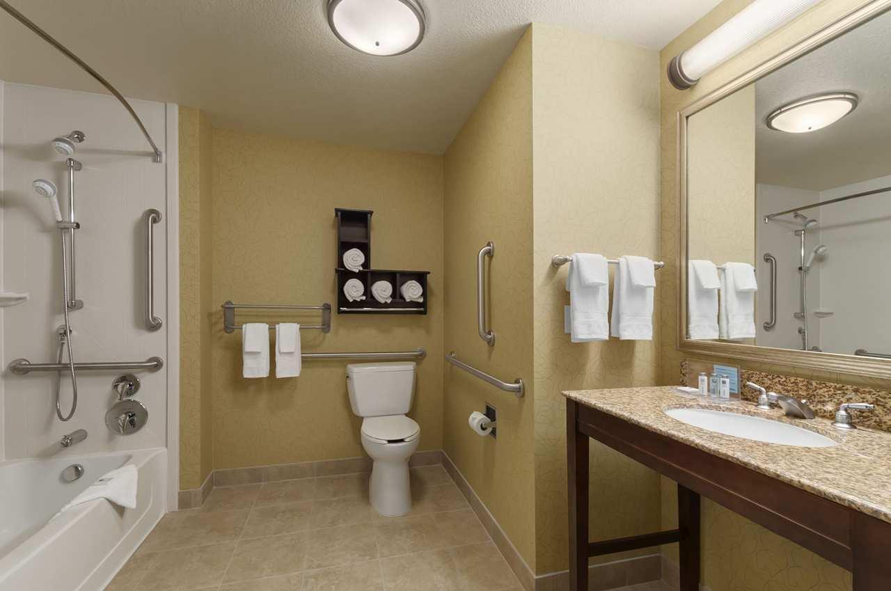 Hampton Inn & Suites San Luis Obispo image 16