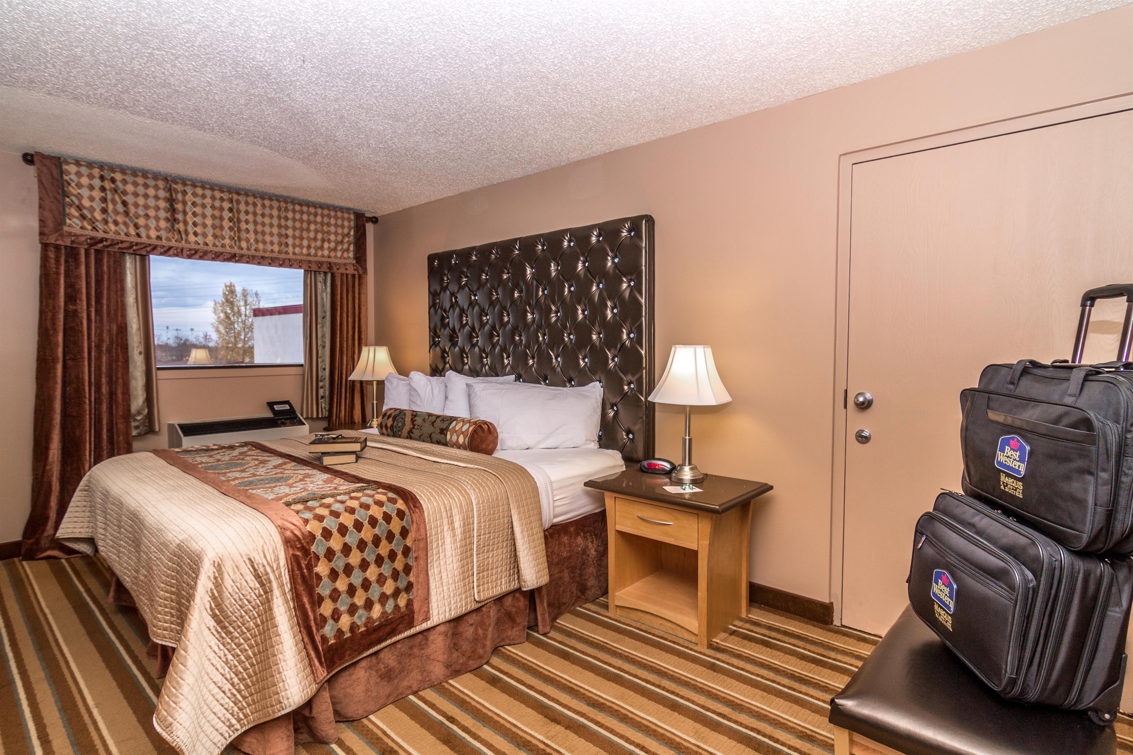 Best Western Marquis Inn & Suites in Prince Albert: King Room