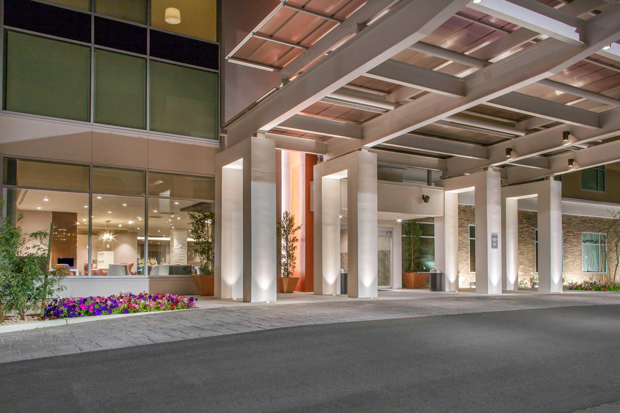 Cambria Hotel North Scottsdale Desert Ridge image 2