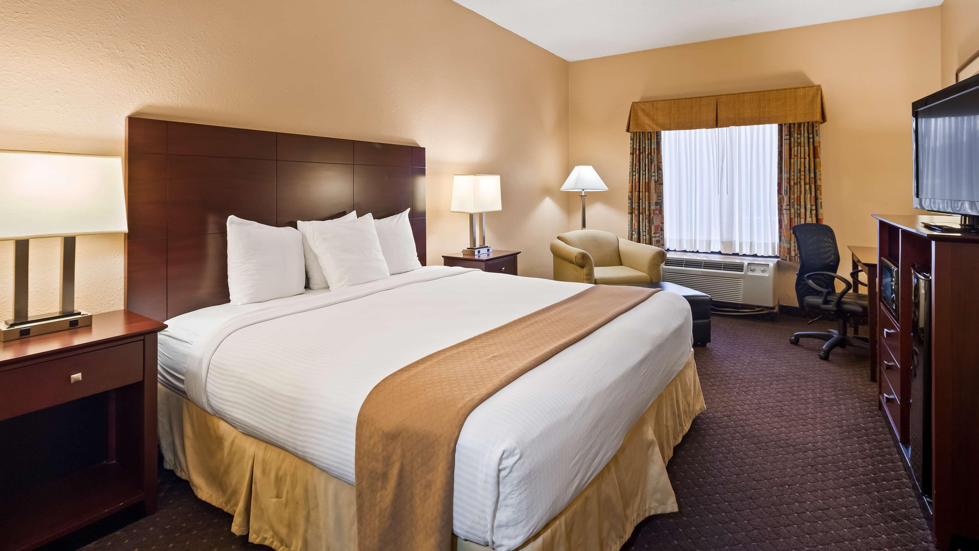 Best Western Executive Hotel image 8