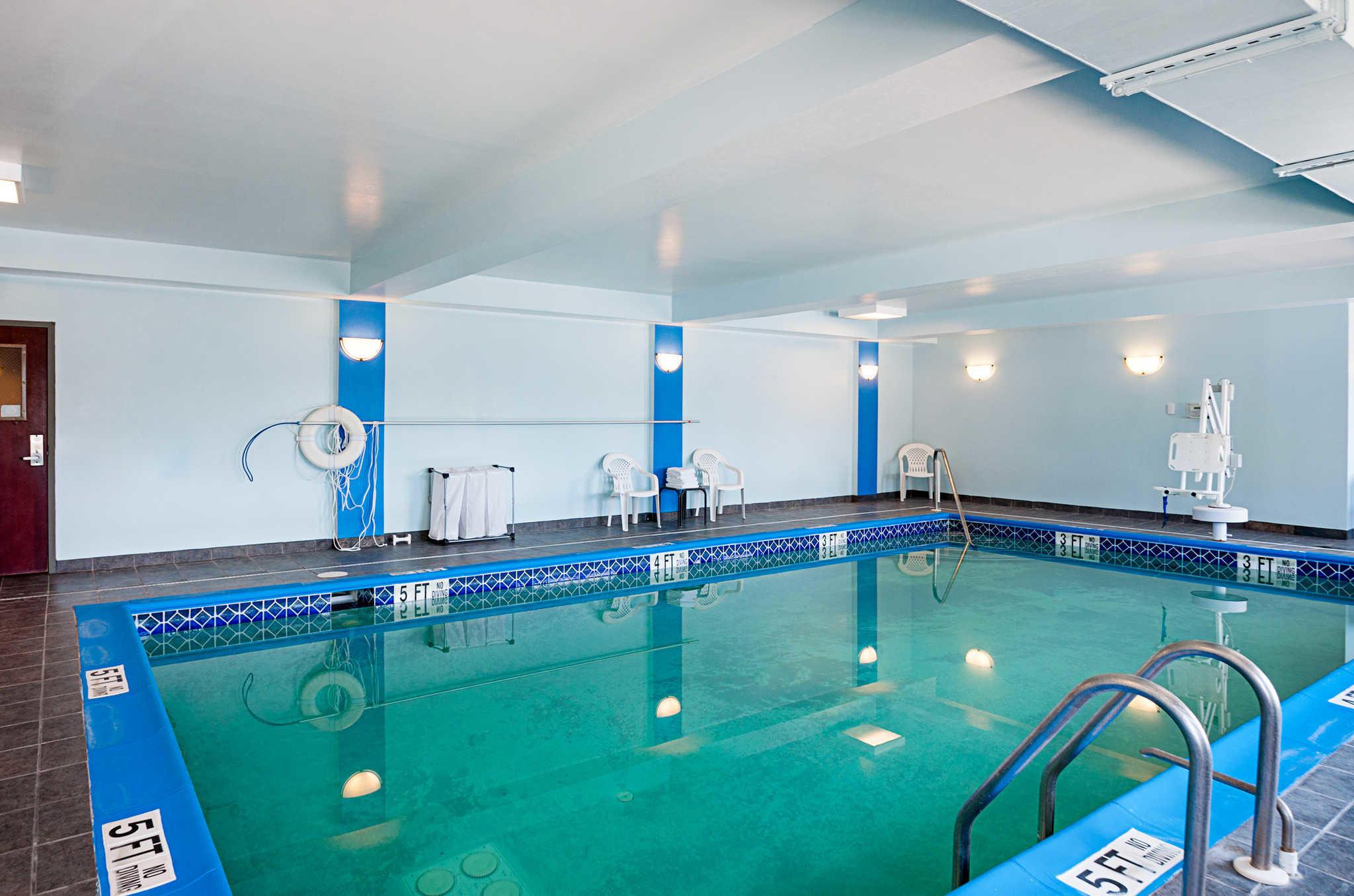Comfort Inn & Suites Cambridge image 29