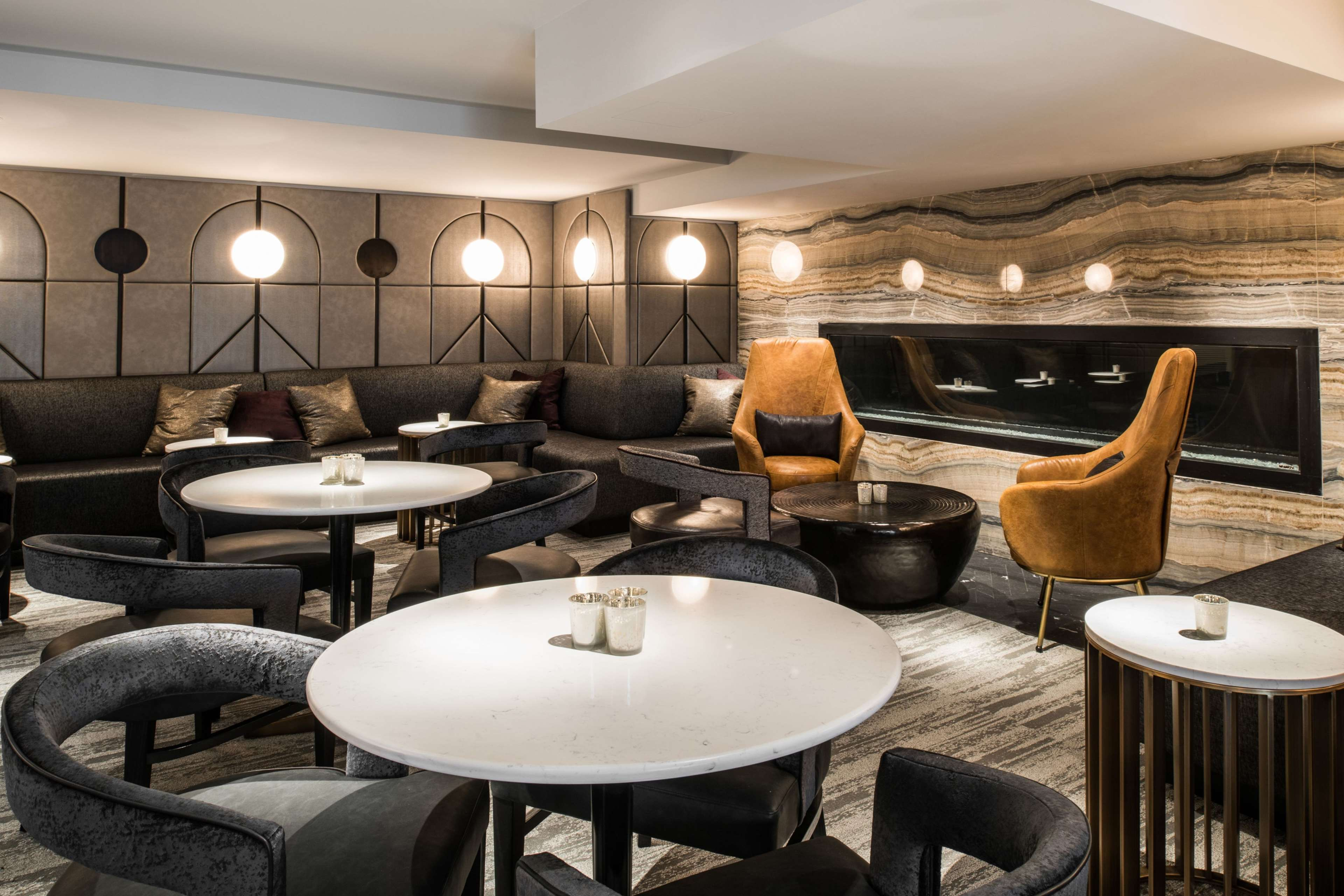 LondonHouse Chicago, Curio Collection by Hilton image 45
