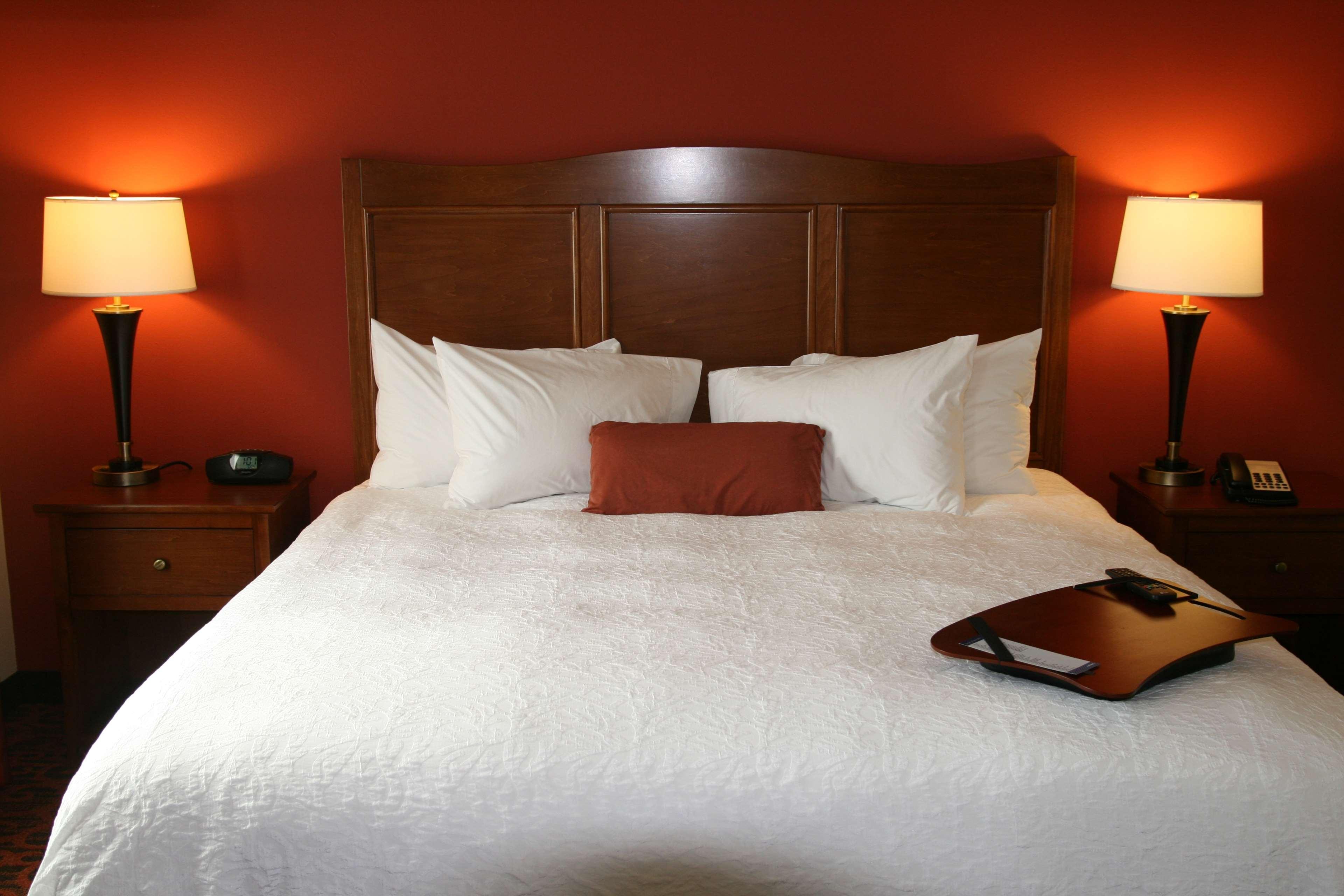 Hampton Inn & Suites Bastrop image 11
