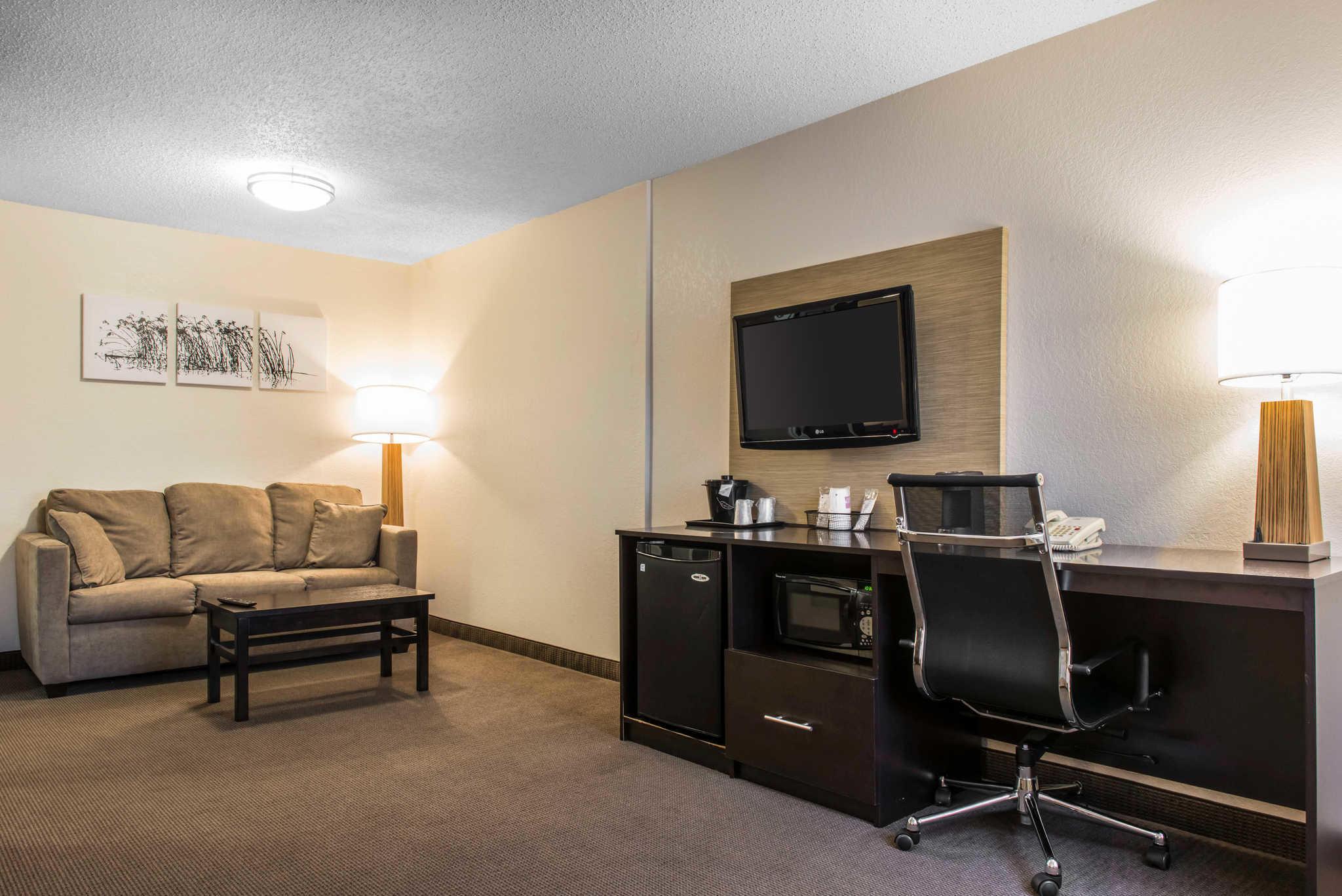 Sleep Inn & Suites image 17