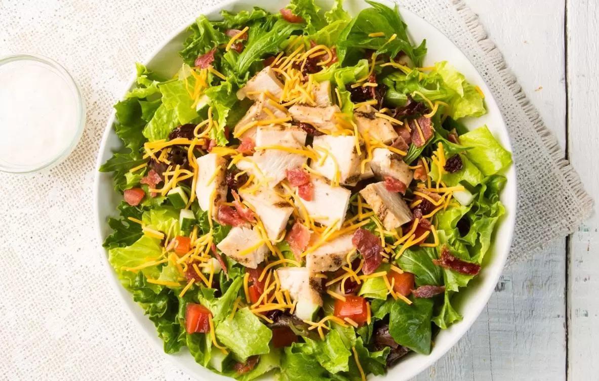 Earl's Cobb Salad